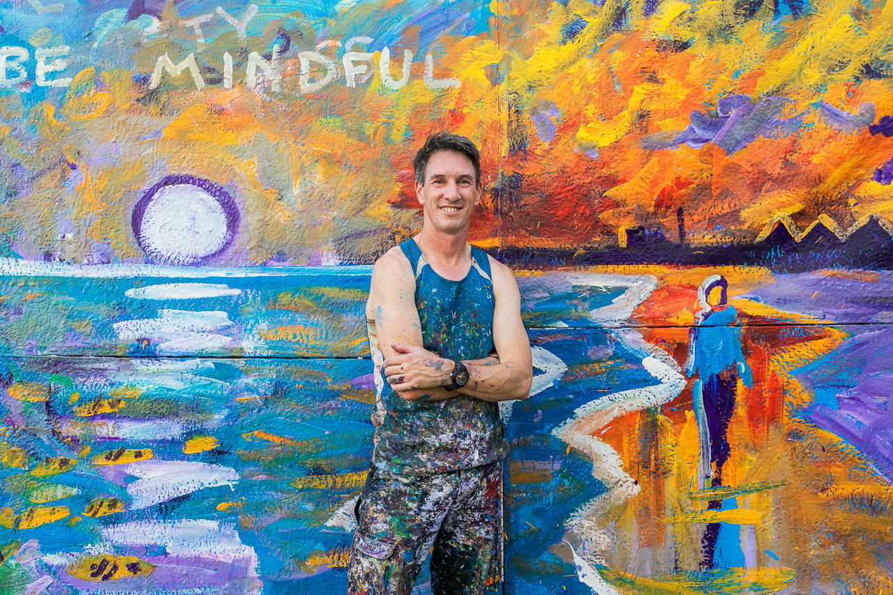 Paint Storm - artist Phil Doncon creates magic at the Ningaloo Whale Shark Festival