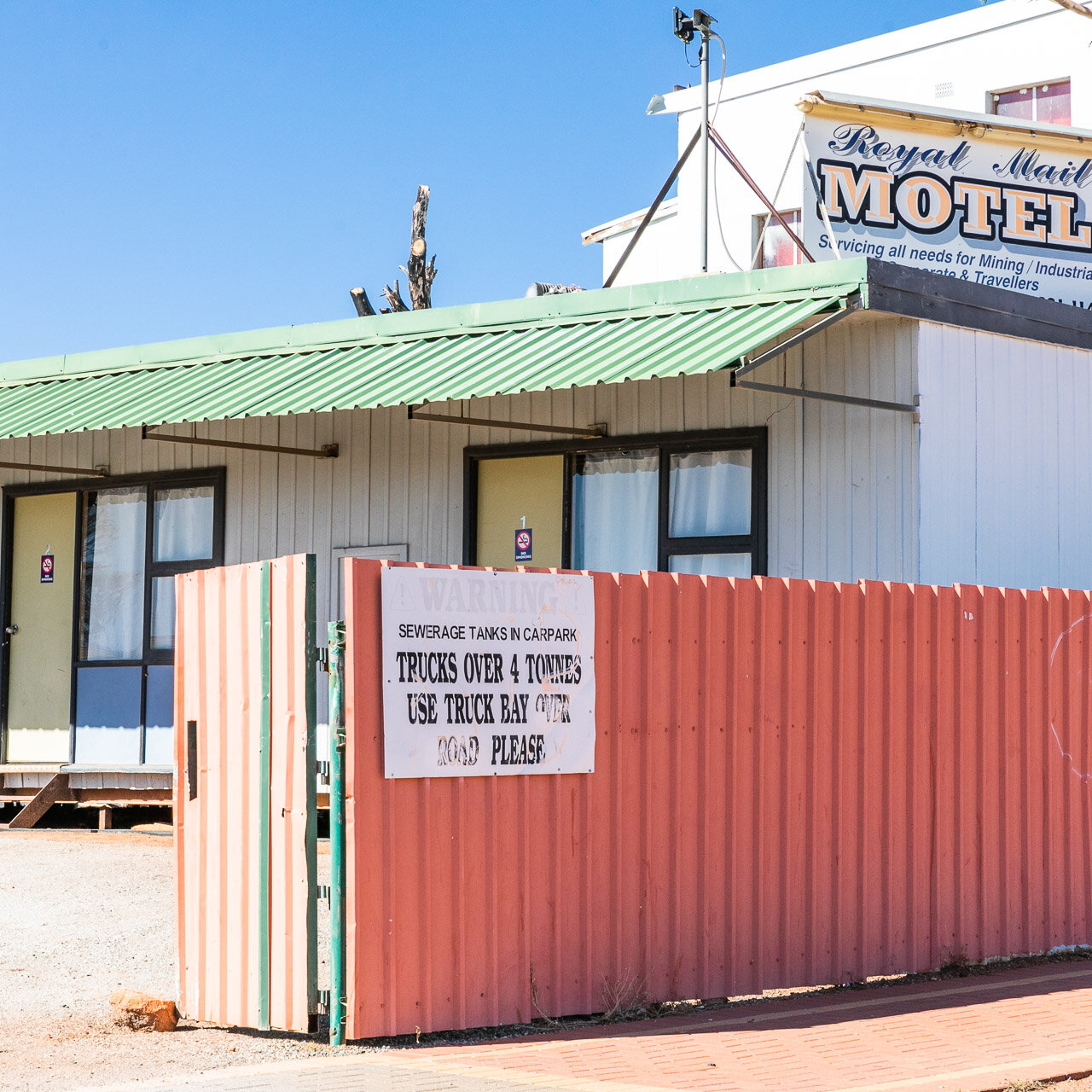 Not every motel has a sign warning of sewerage tanks in the car park! The Royal Motel in Meekatharra