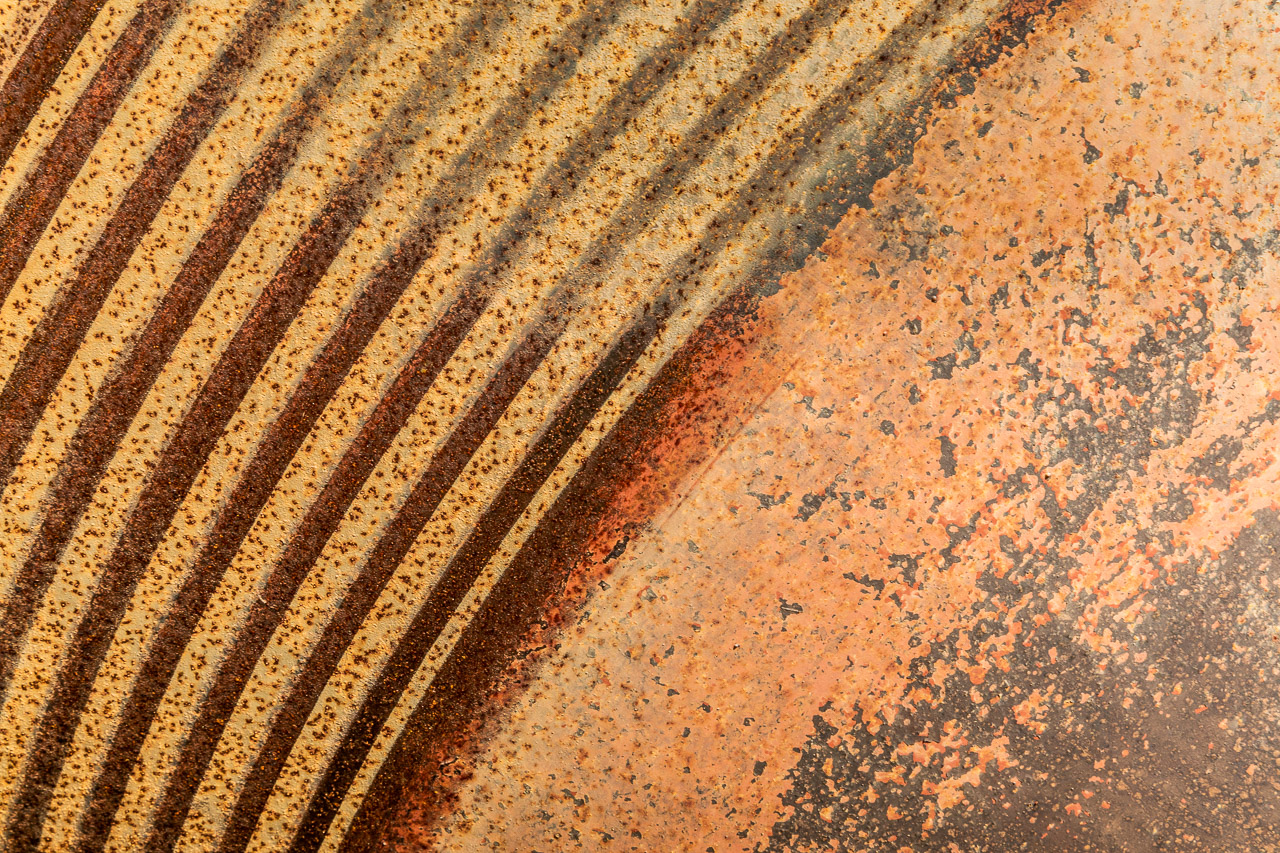 Textures and patterns at a gold mill