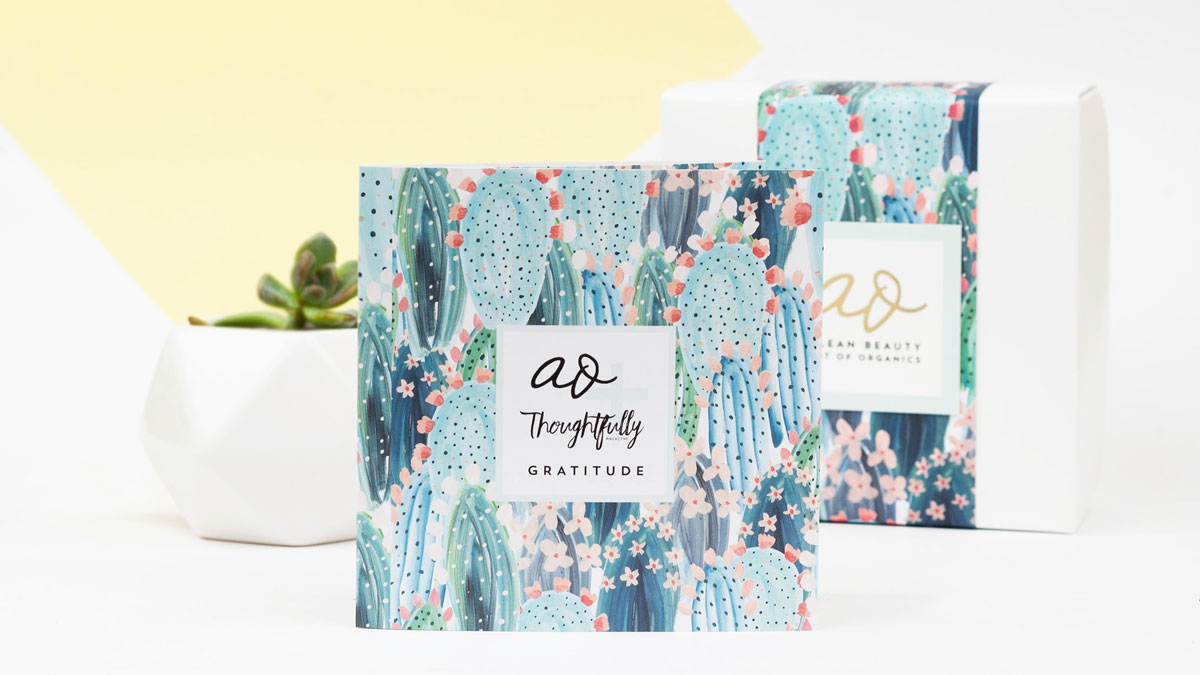 thoughtfully-mag-art-of-organics-gratitude-box-3.jpg