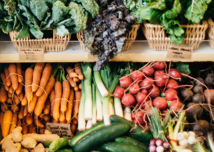 thoughtfully-mag-storing-produce-1.jpg