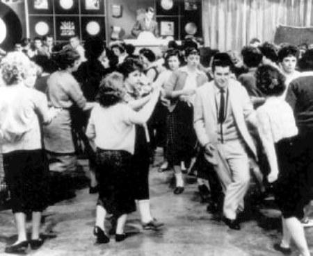 Kids-Dancing-on-Bandstand.jpg