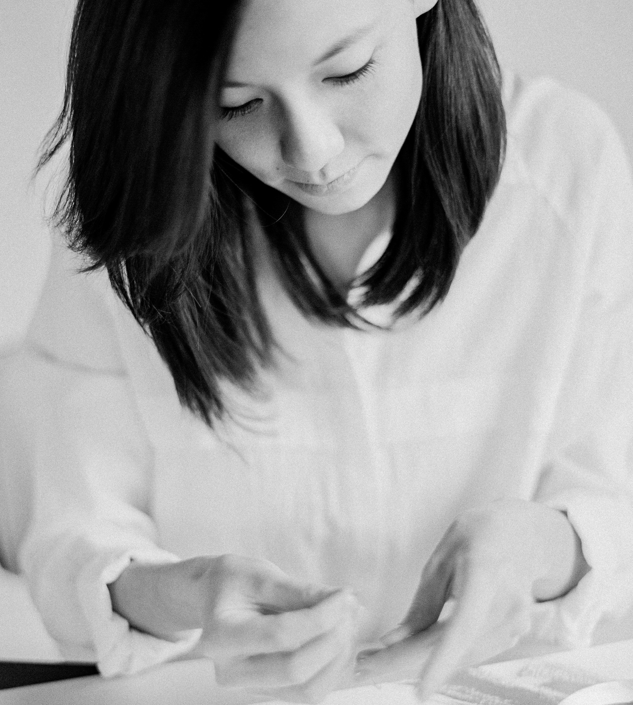 I'M JOYCE - I'm a calligrapher and the jewelry designer behind the collection The Love Collect.I grew up in an extremely tight-knit family, consisting of 3 generations of love, so I've always been hyperaware of relationships and why it's important to upkeep your closest connections.