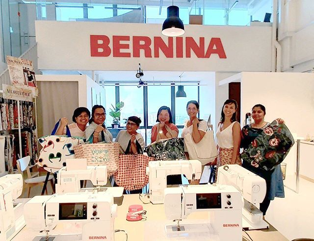 Super fun multifunctional bag workshop with these ladies today!  Happy weekend and see you soon again 😊✨