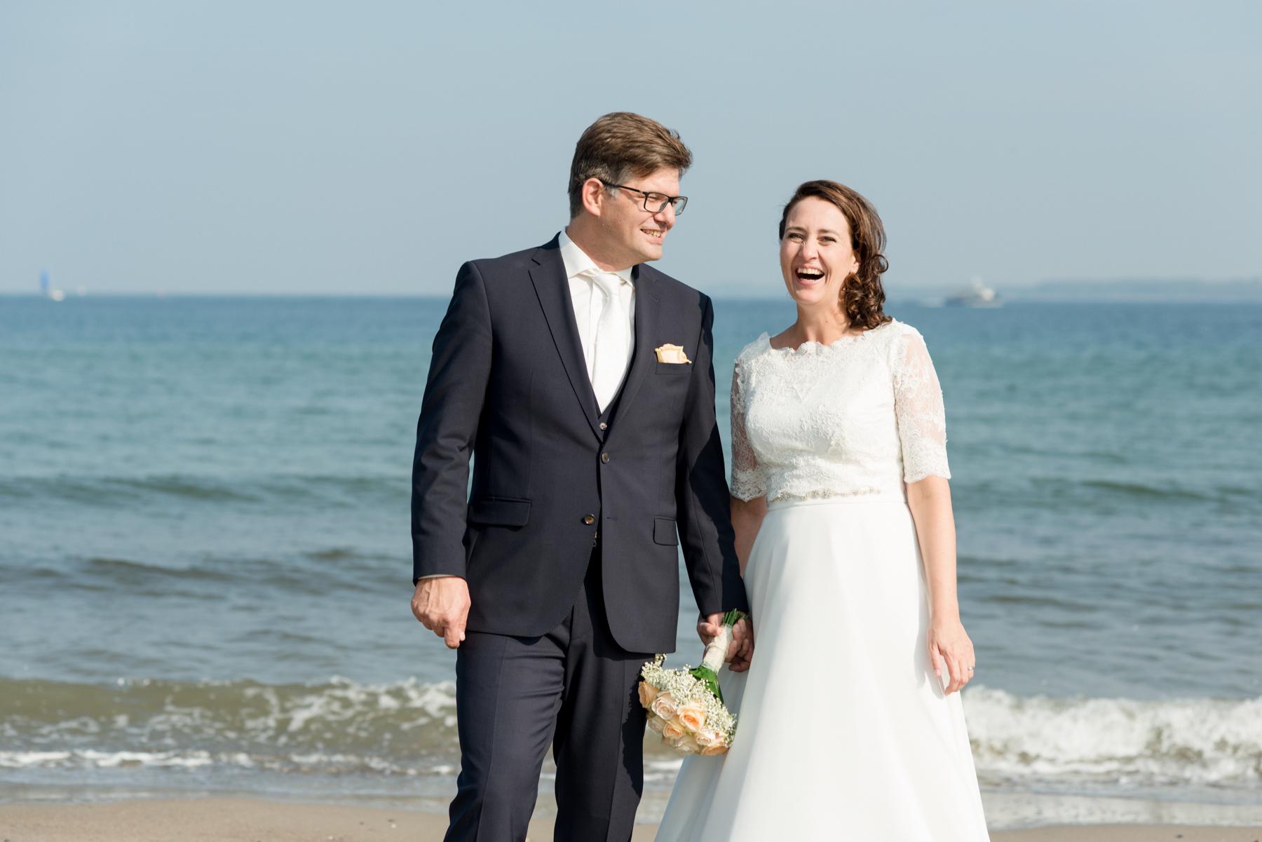 Bluhm-Hochzeitsfotograf-HochzeitamMeer-73.jpg