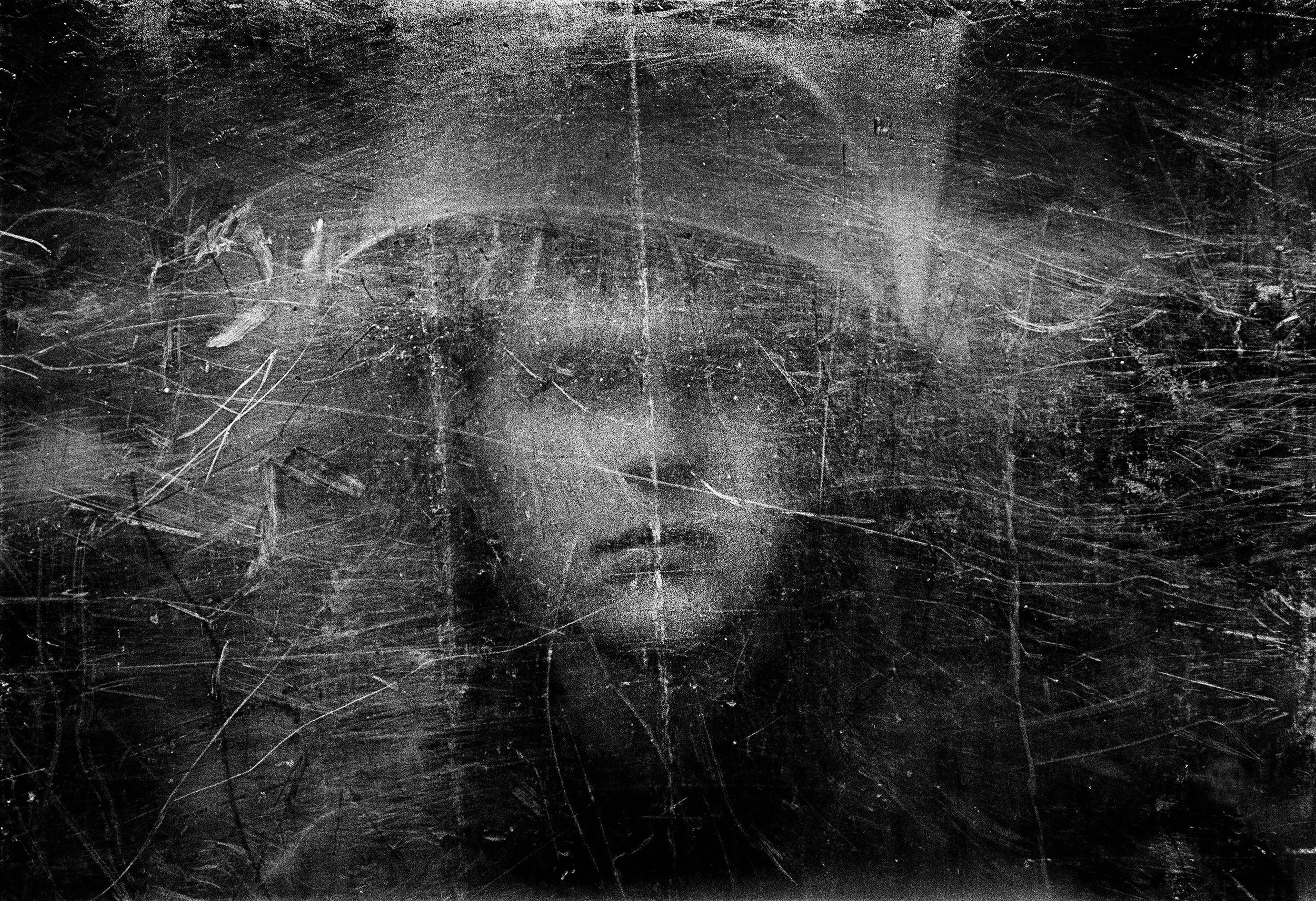 Soldier with Bullet-proof Shield, Northern Ireland, 1973 © Philip Jones Griffiths / Magnum Photos
