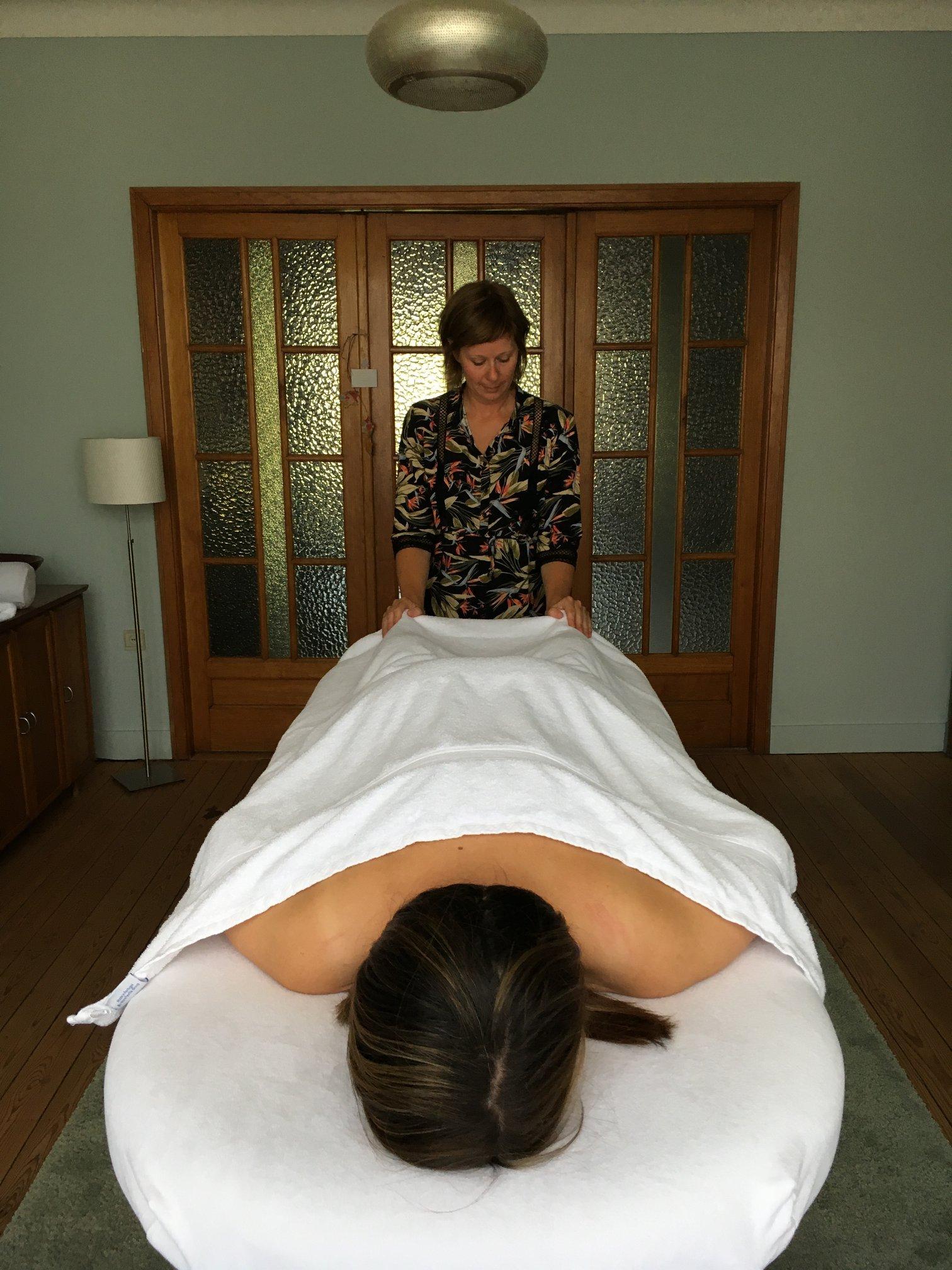 Nathalie massage Living Sessions