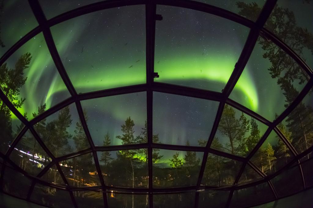 arctic resort4.jpg