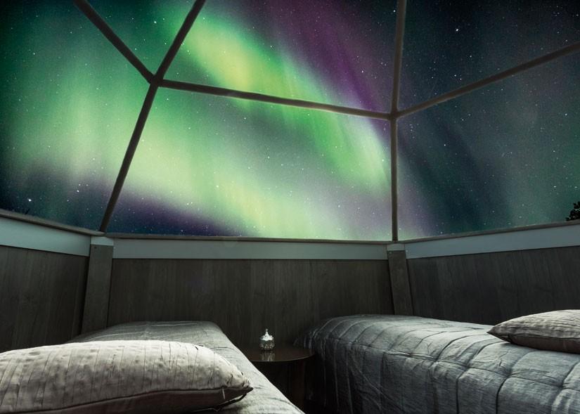 arctic glass igloo2.jpg
