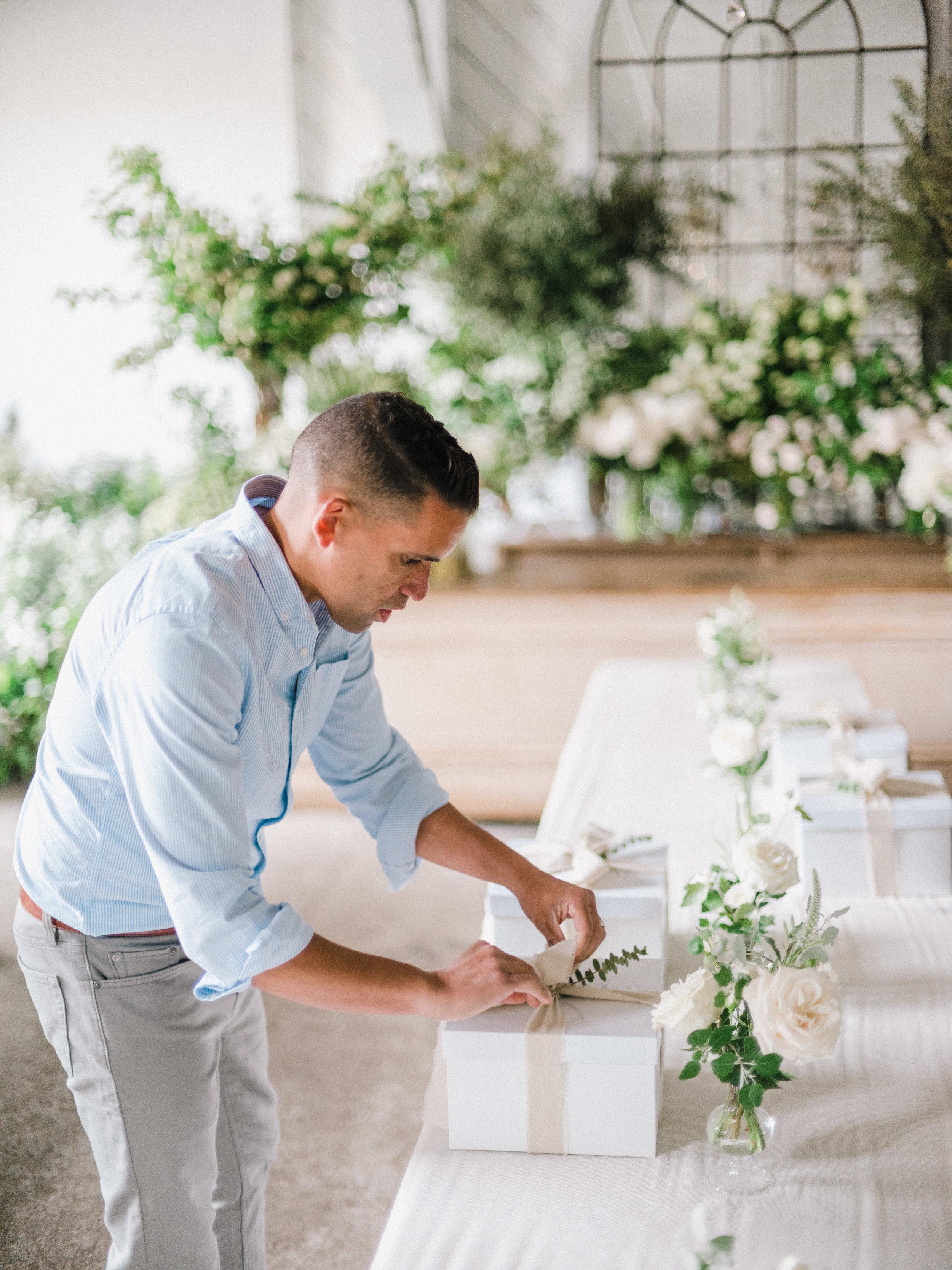 sinclairandmoore-real-wedding-workshop-ryanflynn-00034.jpg