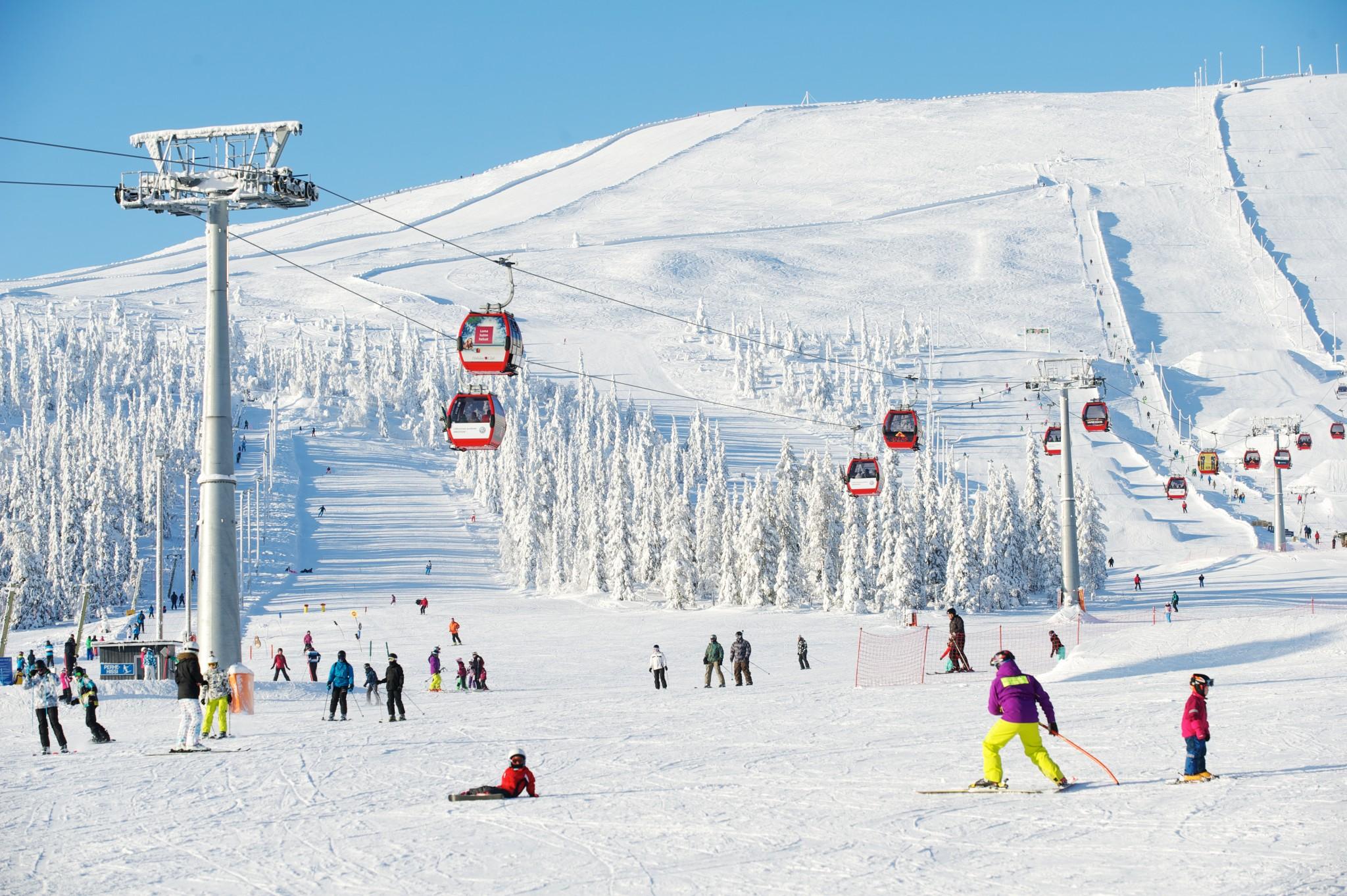 yllas_ski.jpg