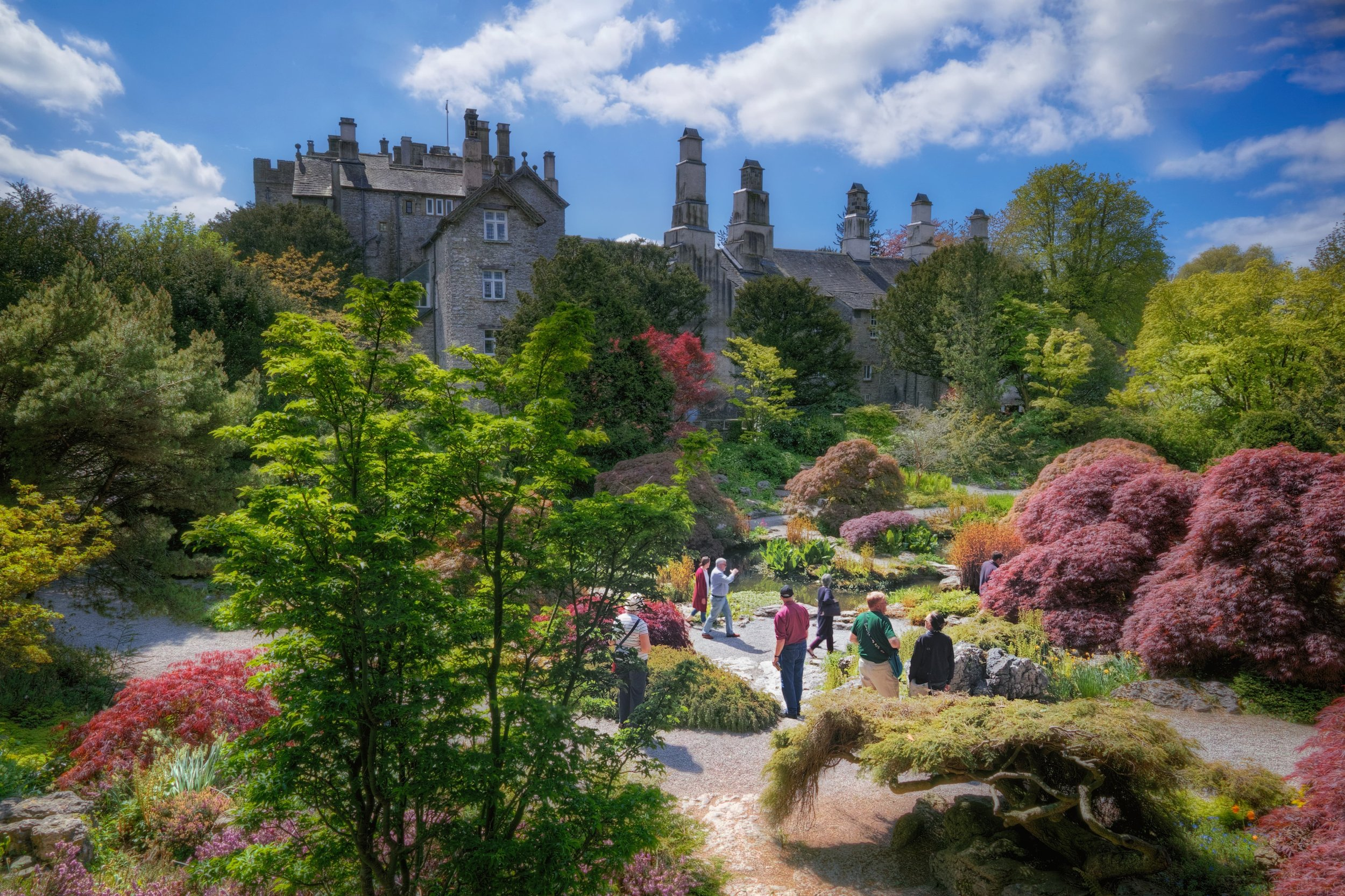 Have you ever been to Sizergh Castle and Garden? You should go, especially in the summer! Read the rest of this blog post here  https://www.iancylkowski.com/blog/2019/6/1/english-country-garden