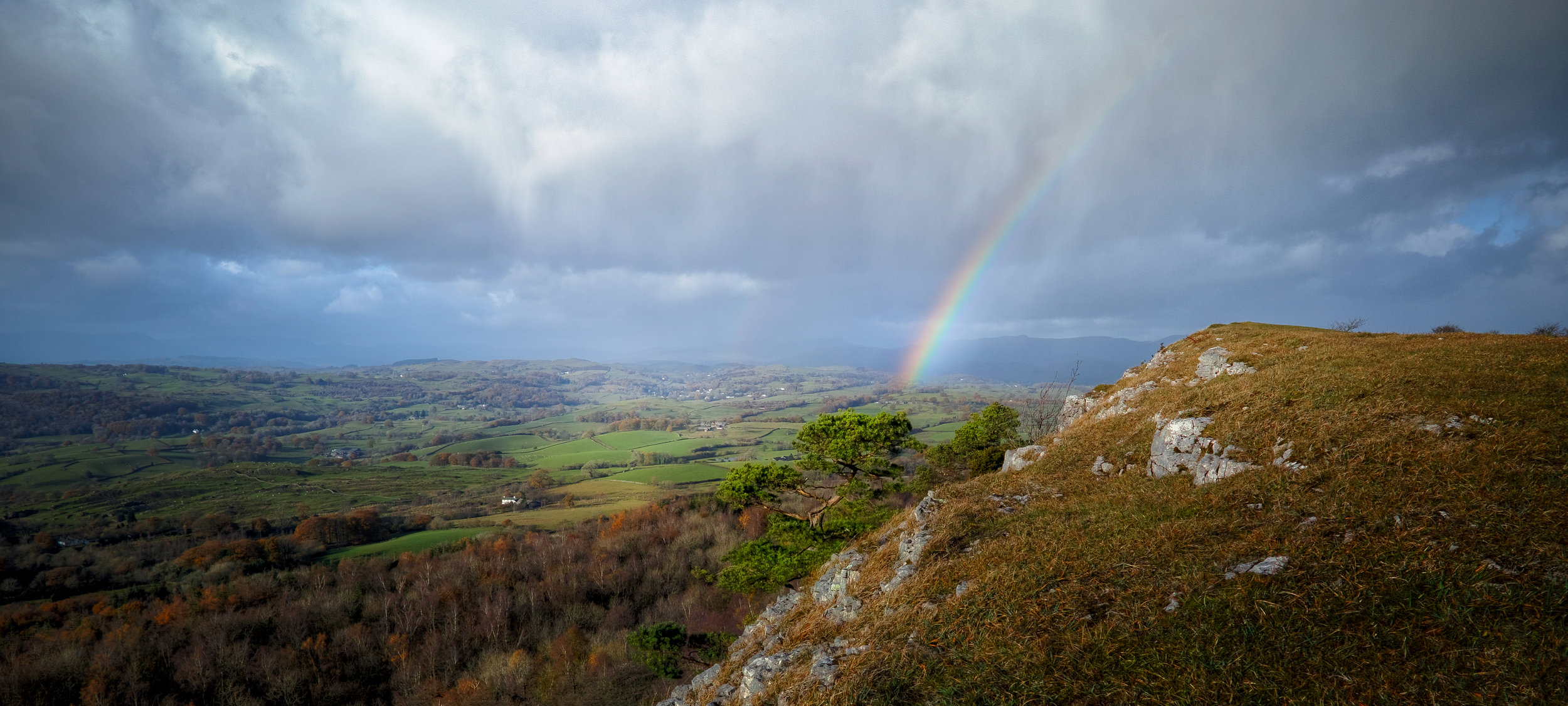 Scout Scar was one of my first experiences of Cumbria, when Lisabet introduced me to the place bright and early one morning. Read the rest of this blog post here  https://www.iancylkowski.com/blog/2019/6/6/the-rainbow-above-the-cliff