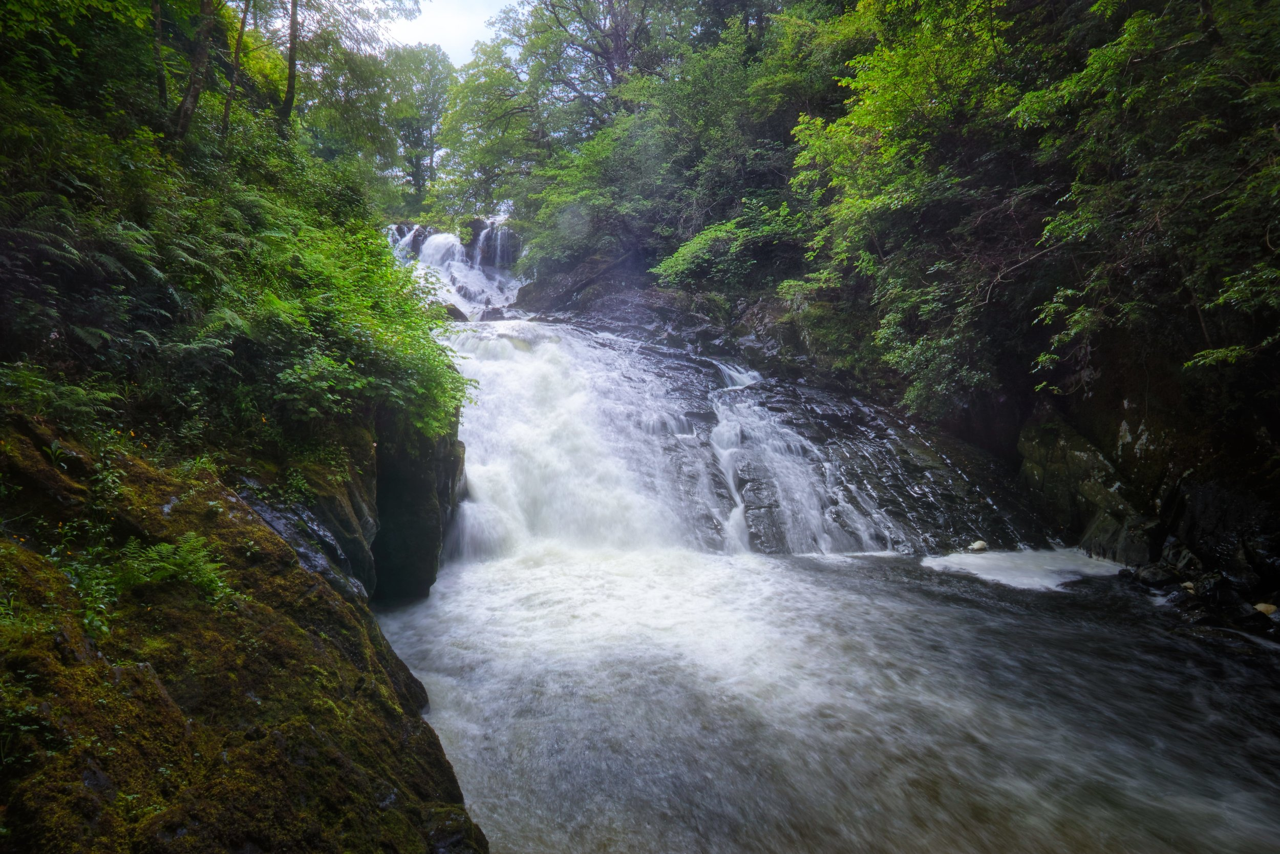 I would have to say that these falls are in my Top 5 British Waterfalls (that I've seen so far). Read the rest of this blog post here  https://www.iancylkowski.com/blog/2019/6/25/appropriately-named