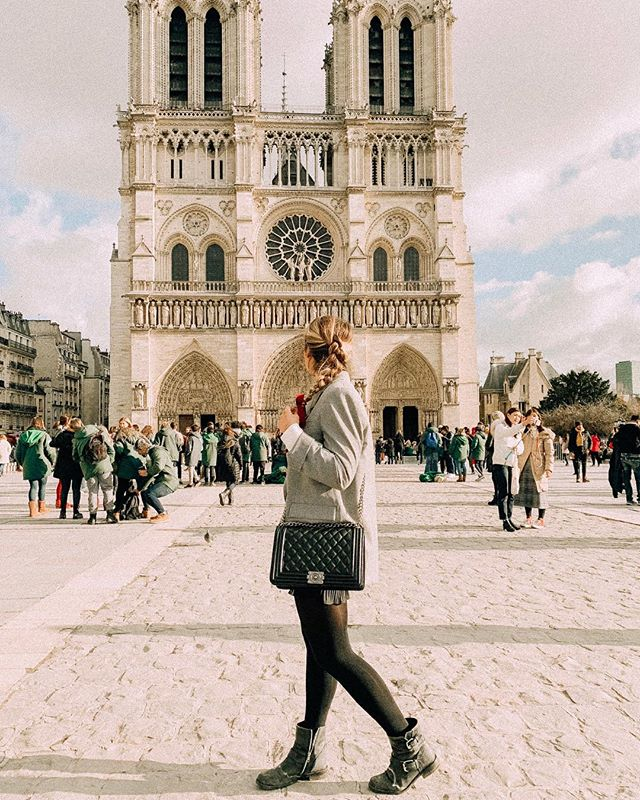 Feeling so grateful that despite a stomach virus ruined birthday weekend in Paris one of the very few things I got to see was the #notredame in all it's glory. Thinking of Paris tonight 🙏🏼