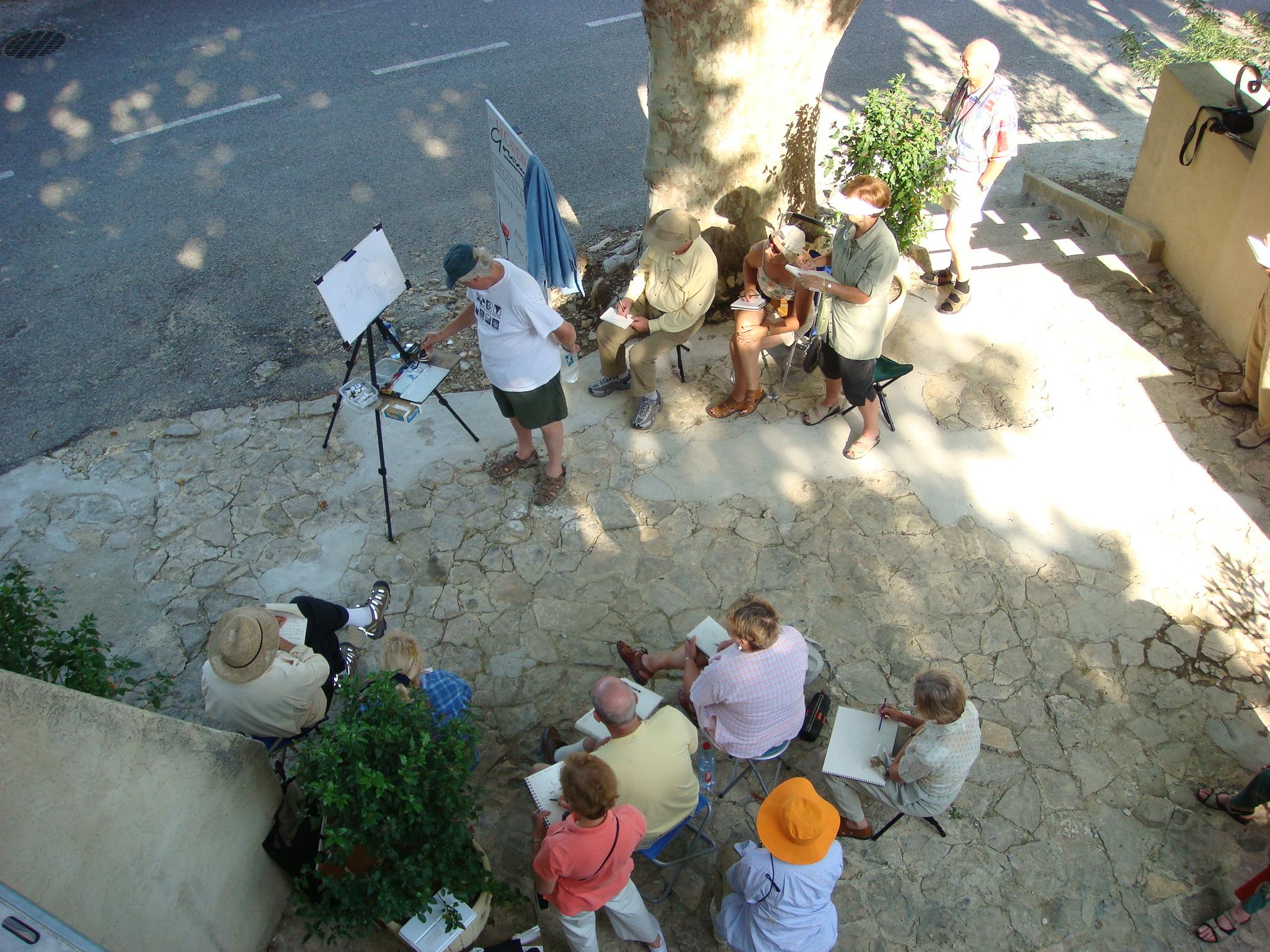 Tony van Hasselt conducts a plein air workshop demonstration.