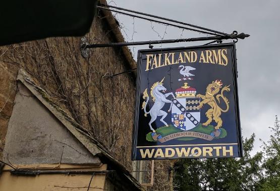 Falkland Arms pub.PNG