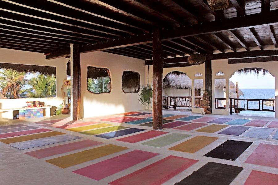 amansala_tulum_yin-yoga-teacher-training-23.jpg