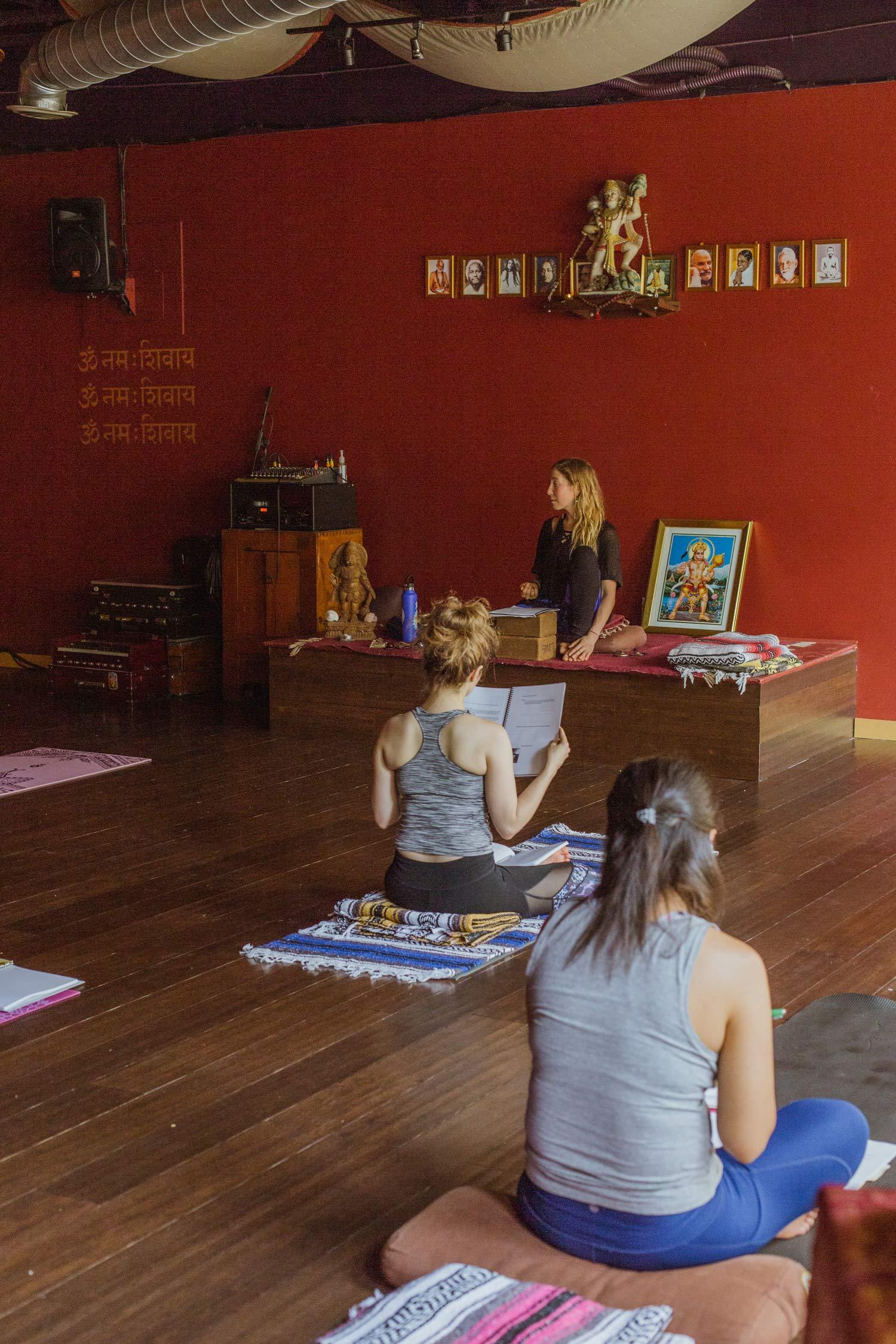 bhakti-2018-yin-yoga-teacher-training-10.jpg