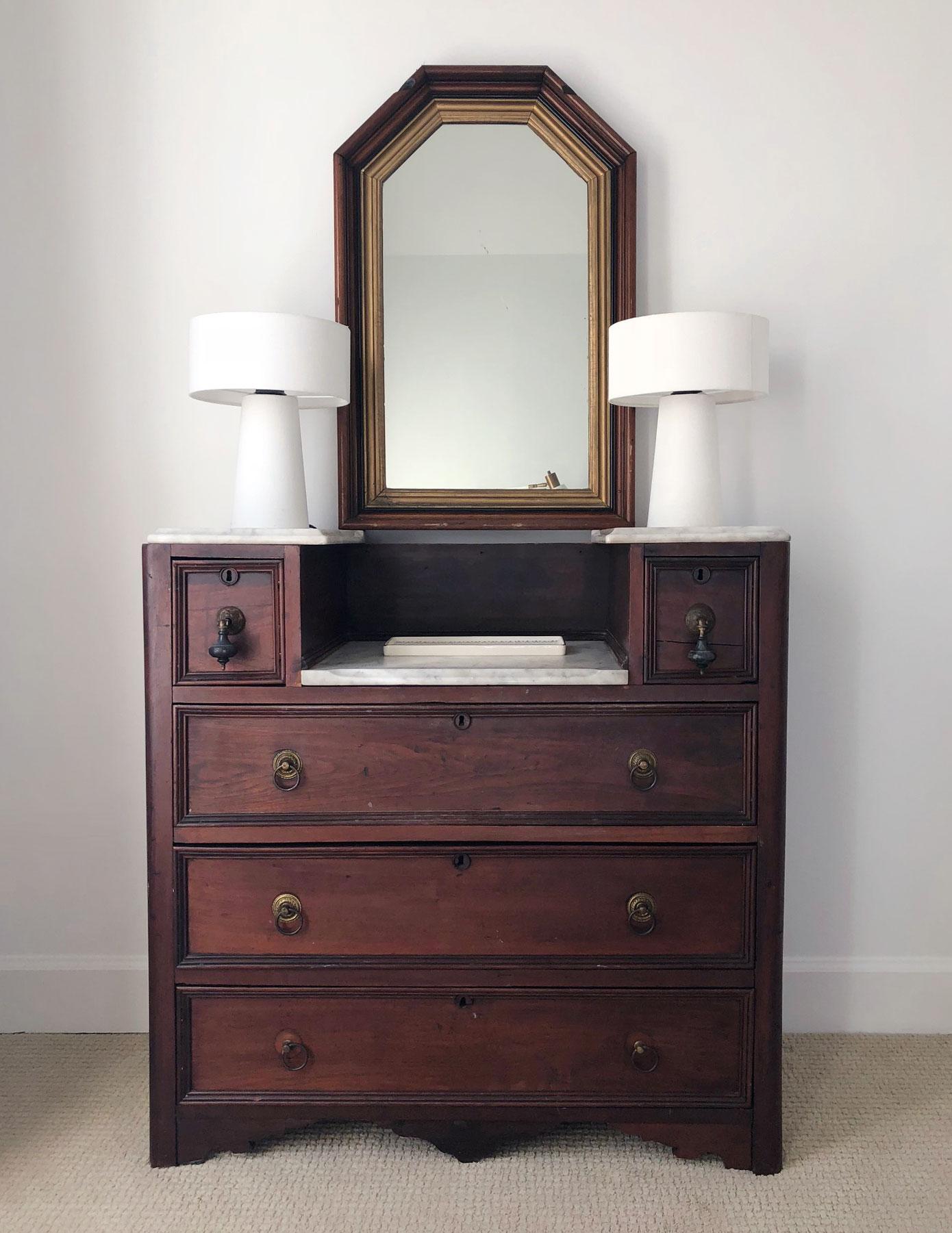 vintage-vanity-before.jpg