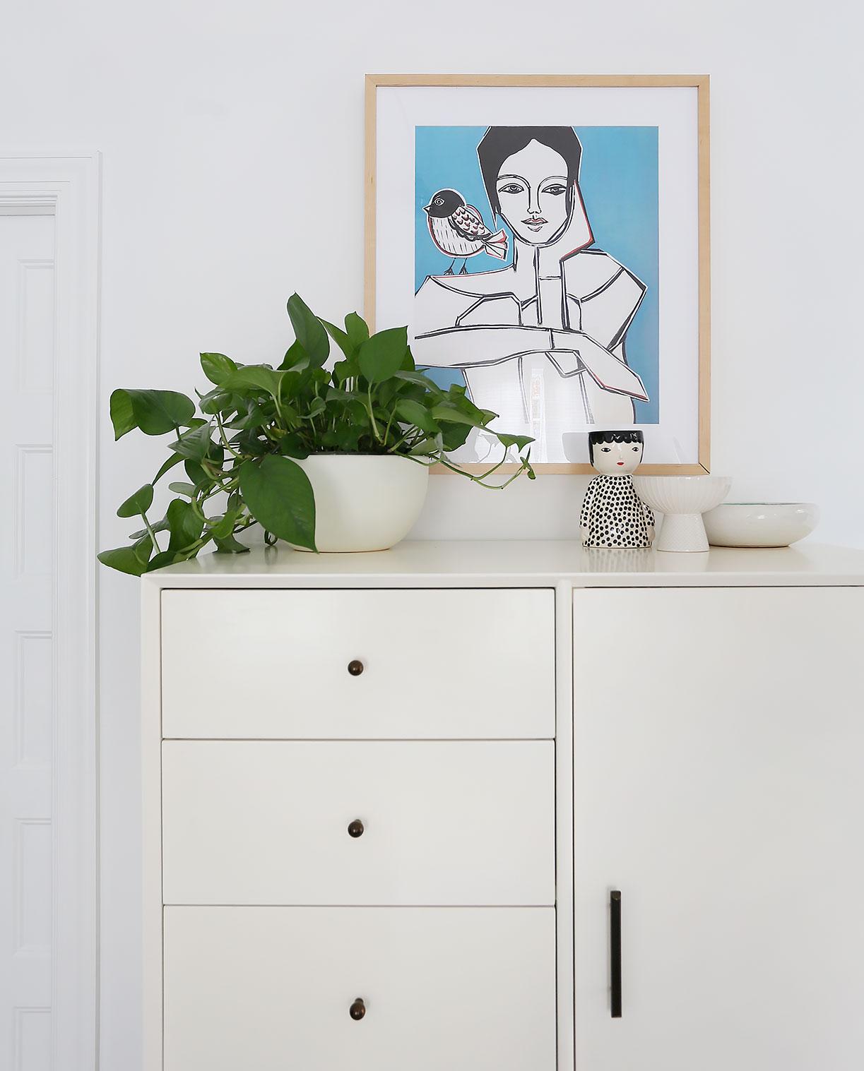 planter   /   lady planter   /   art