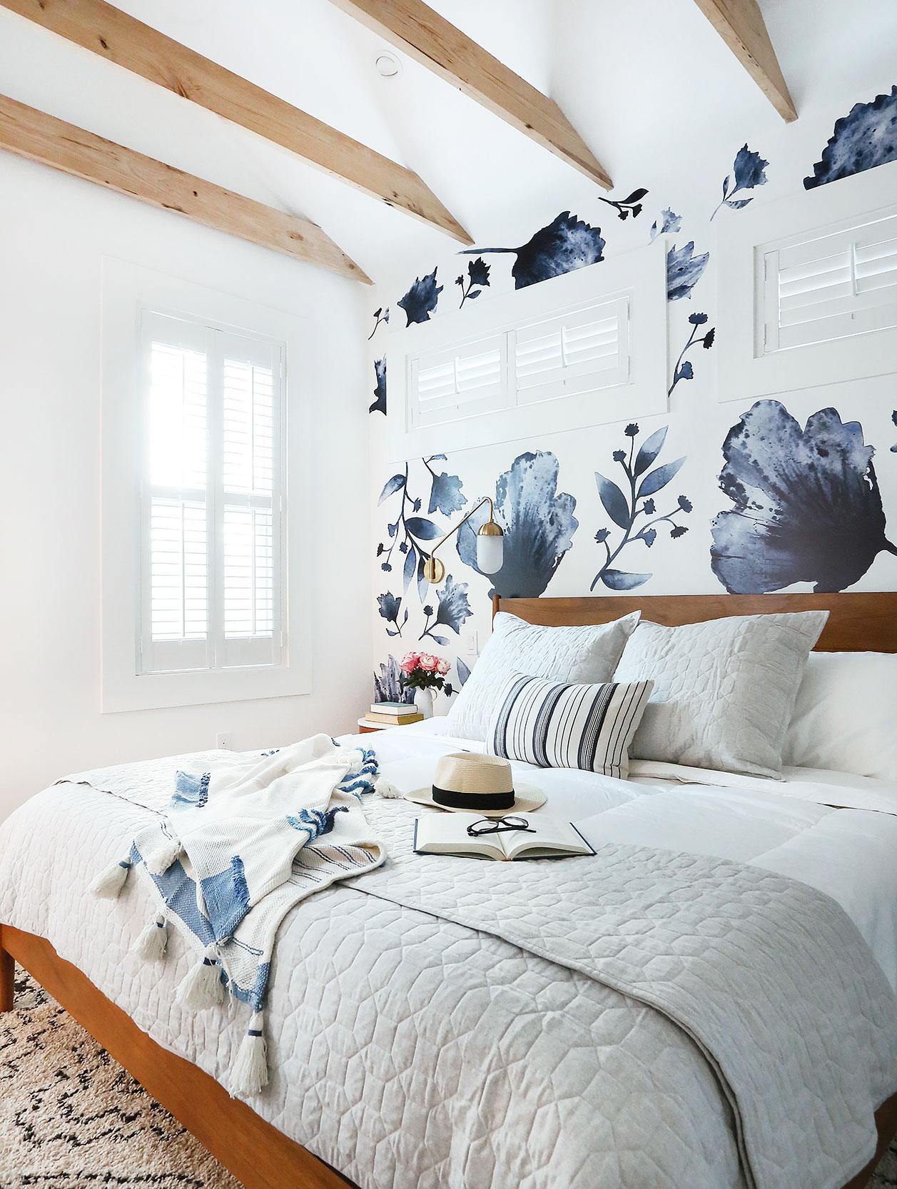 big-side-master-bed-1-low.jpg