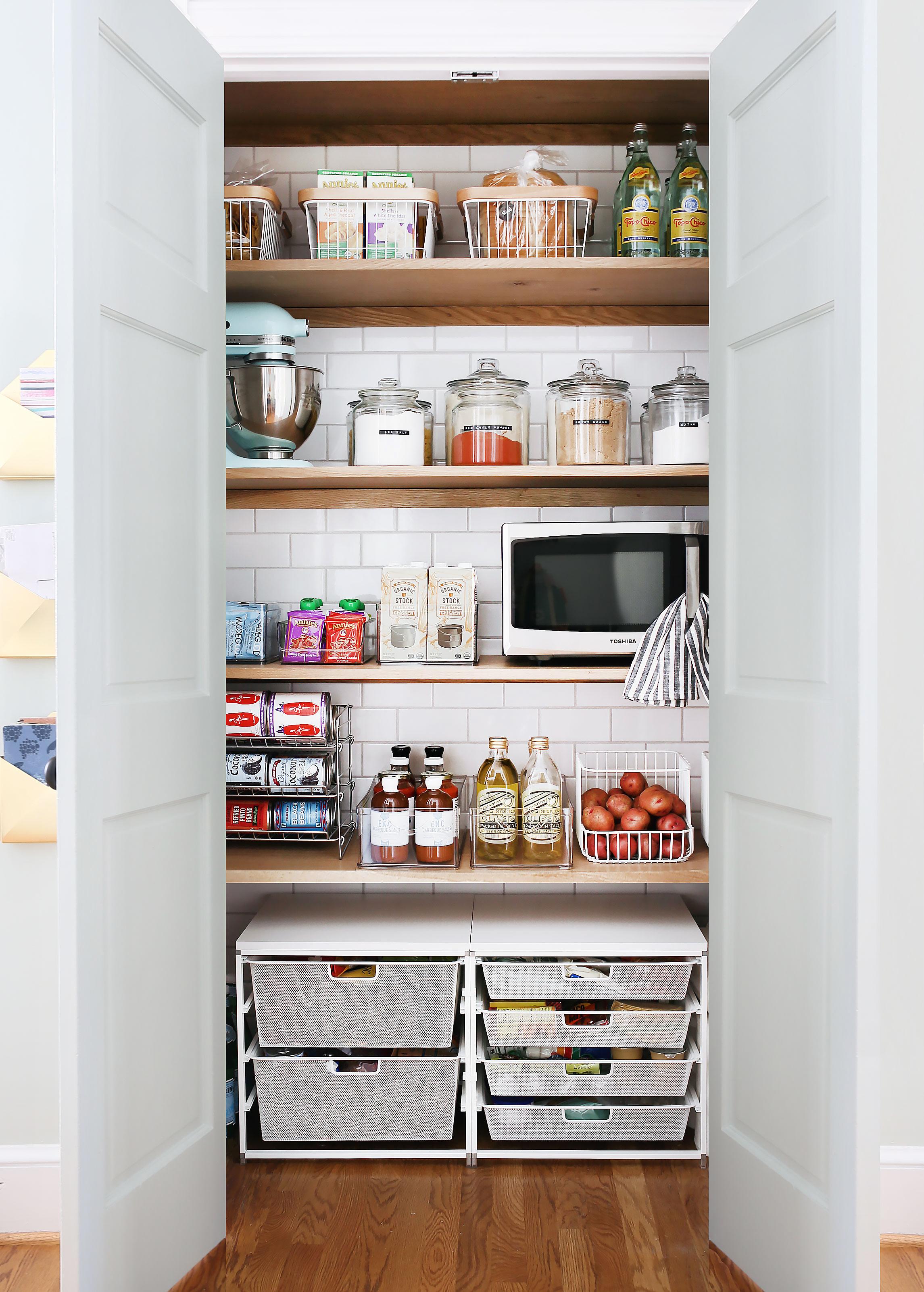 pantry-1.jpg