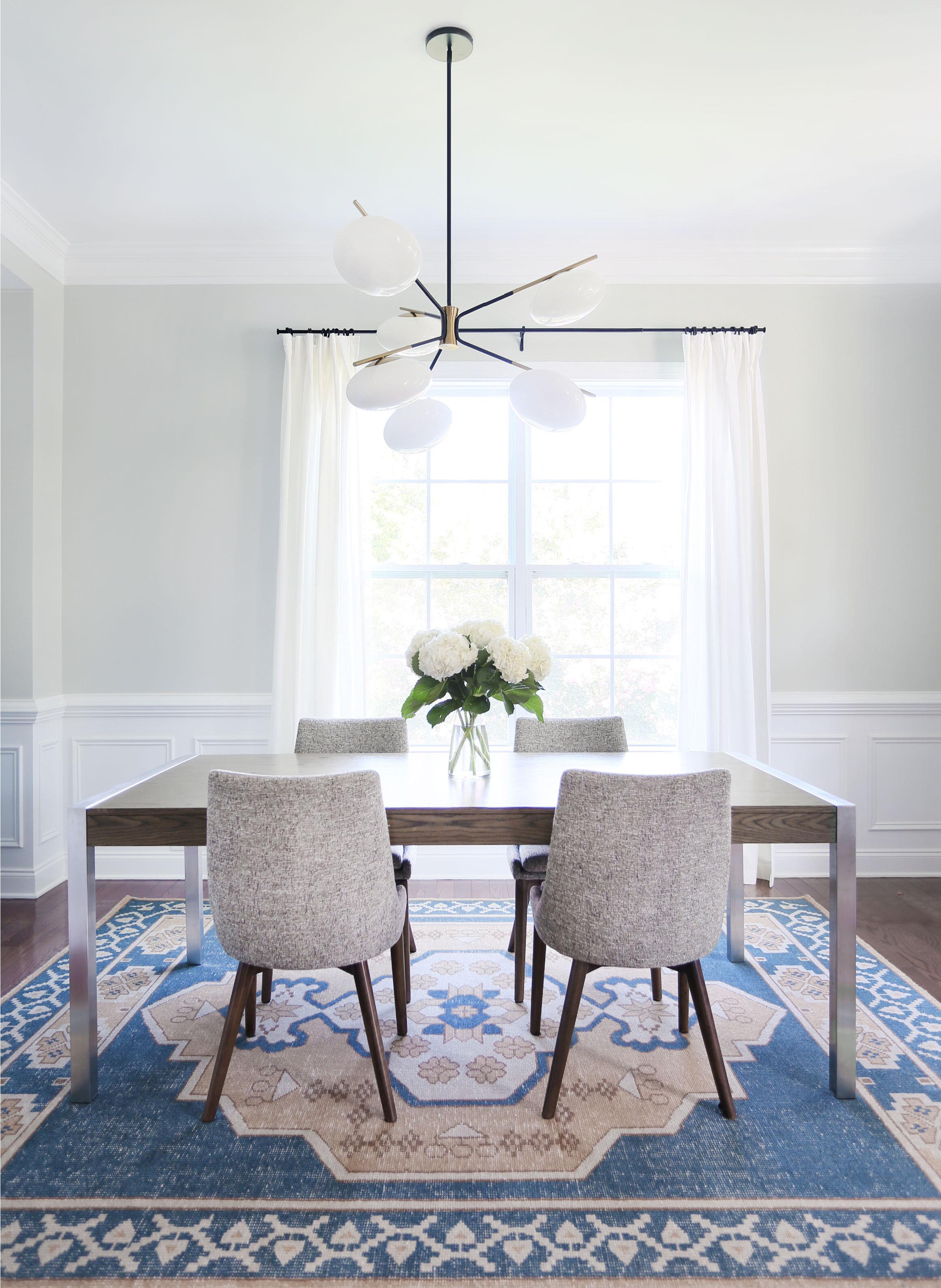 white-dining-3.jpg