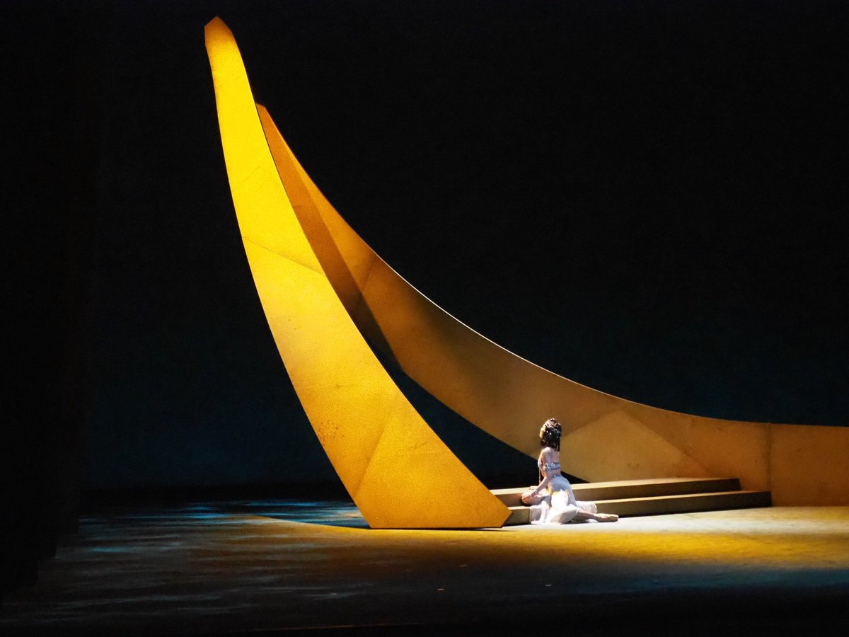 Cleopatra, Tokyo National Ballet   Scenic Designer: Daniel Ostling