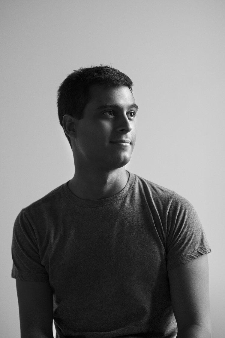 FernandoVillela_Studio-Portraits-10.jpg