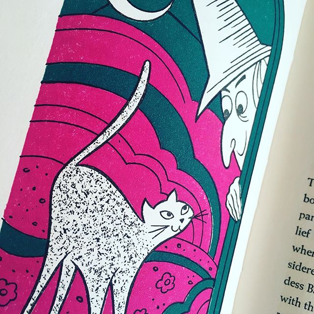 Love the saturated colors in this old book! 🔮