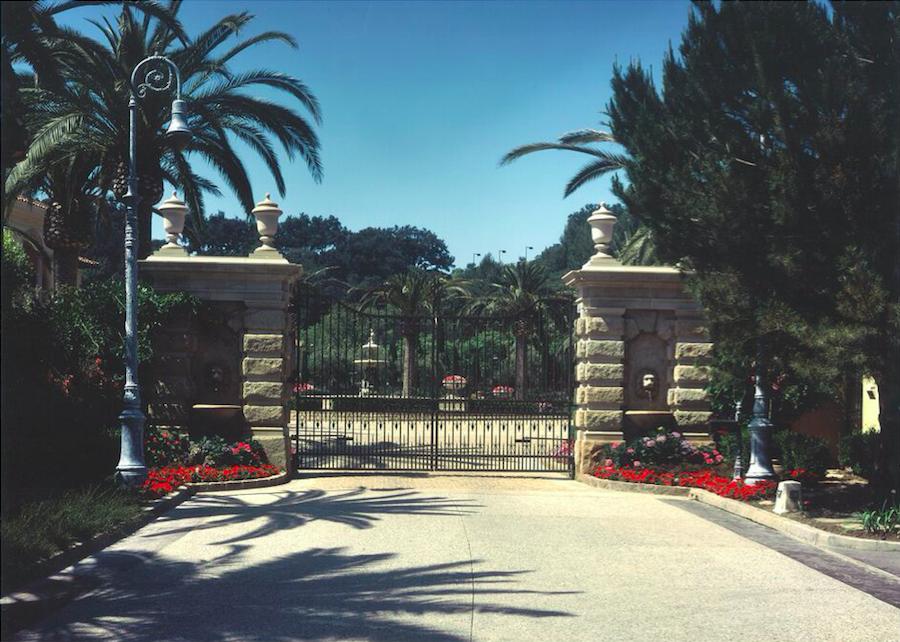 Villa Firenze, LA 2.png