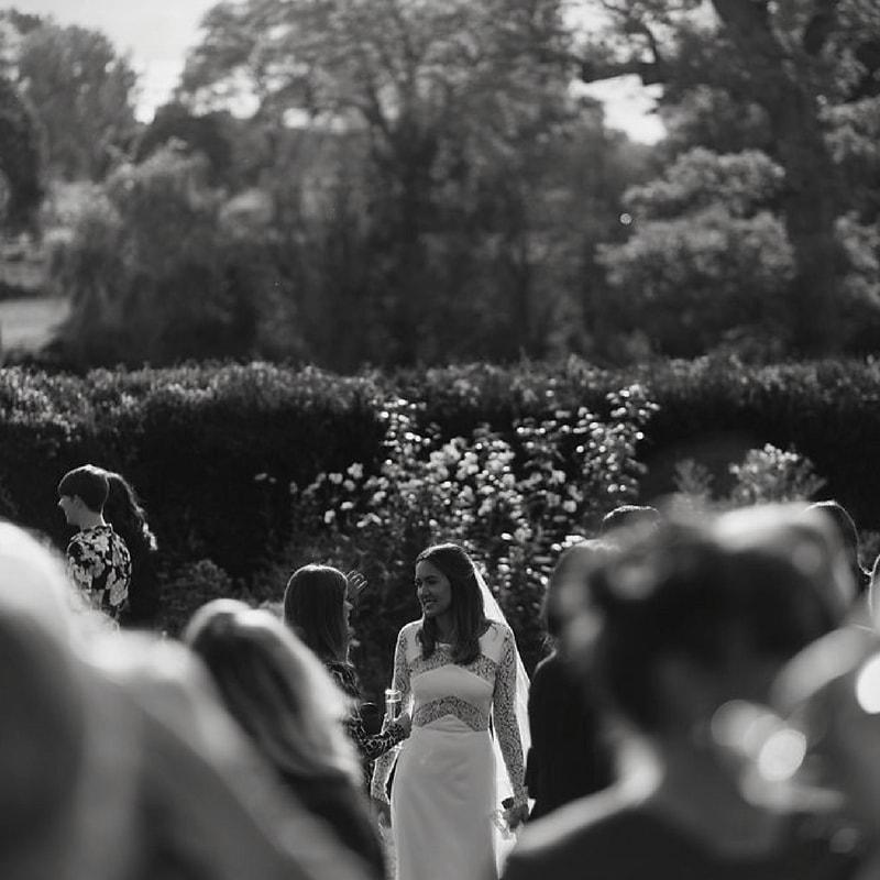 french_baguette_wedding-min.jpg
