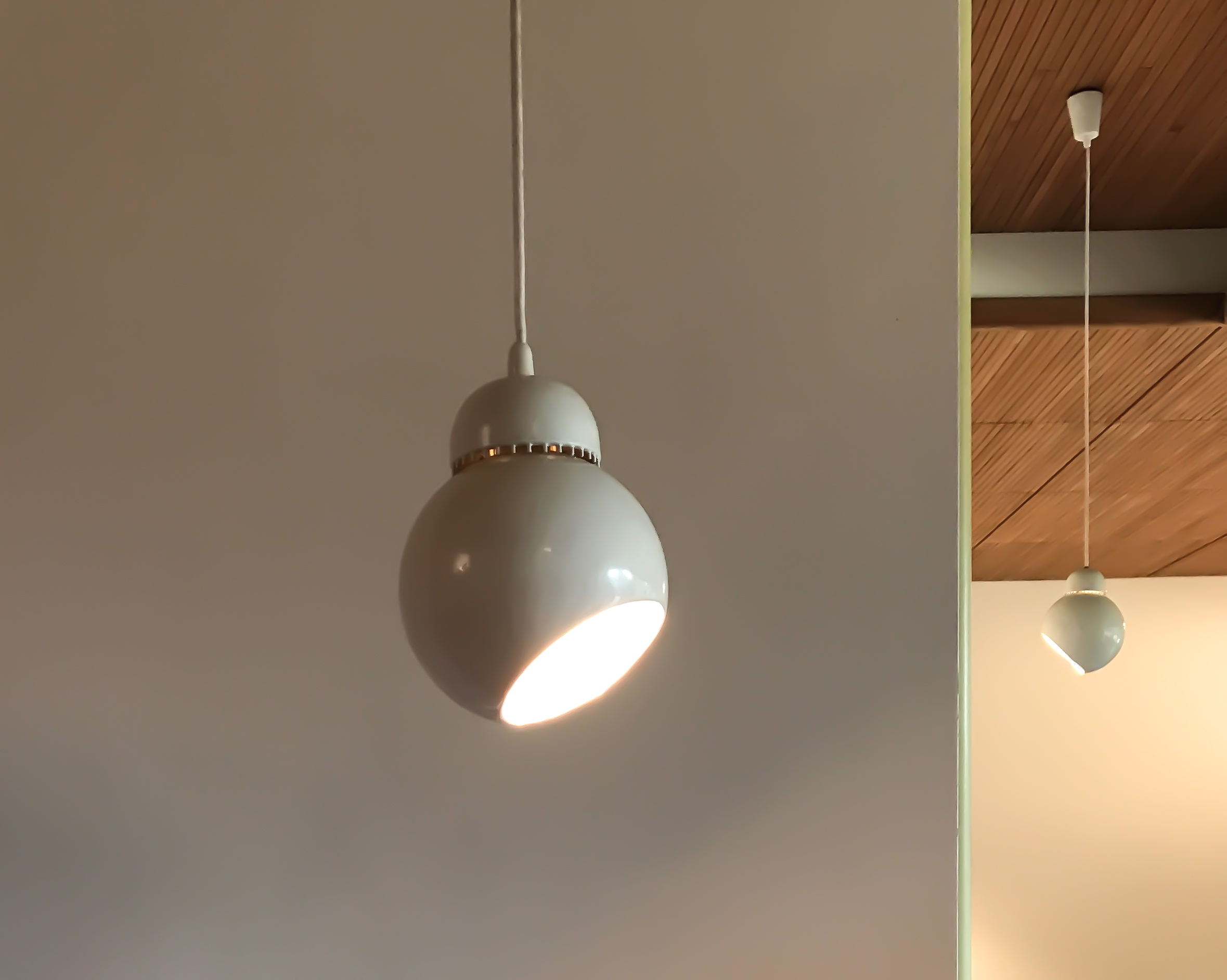 "Carré hanging spot or ""Bilberry"" hanging pendant"