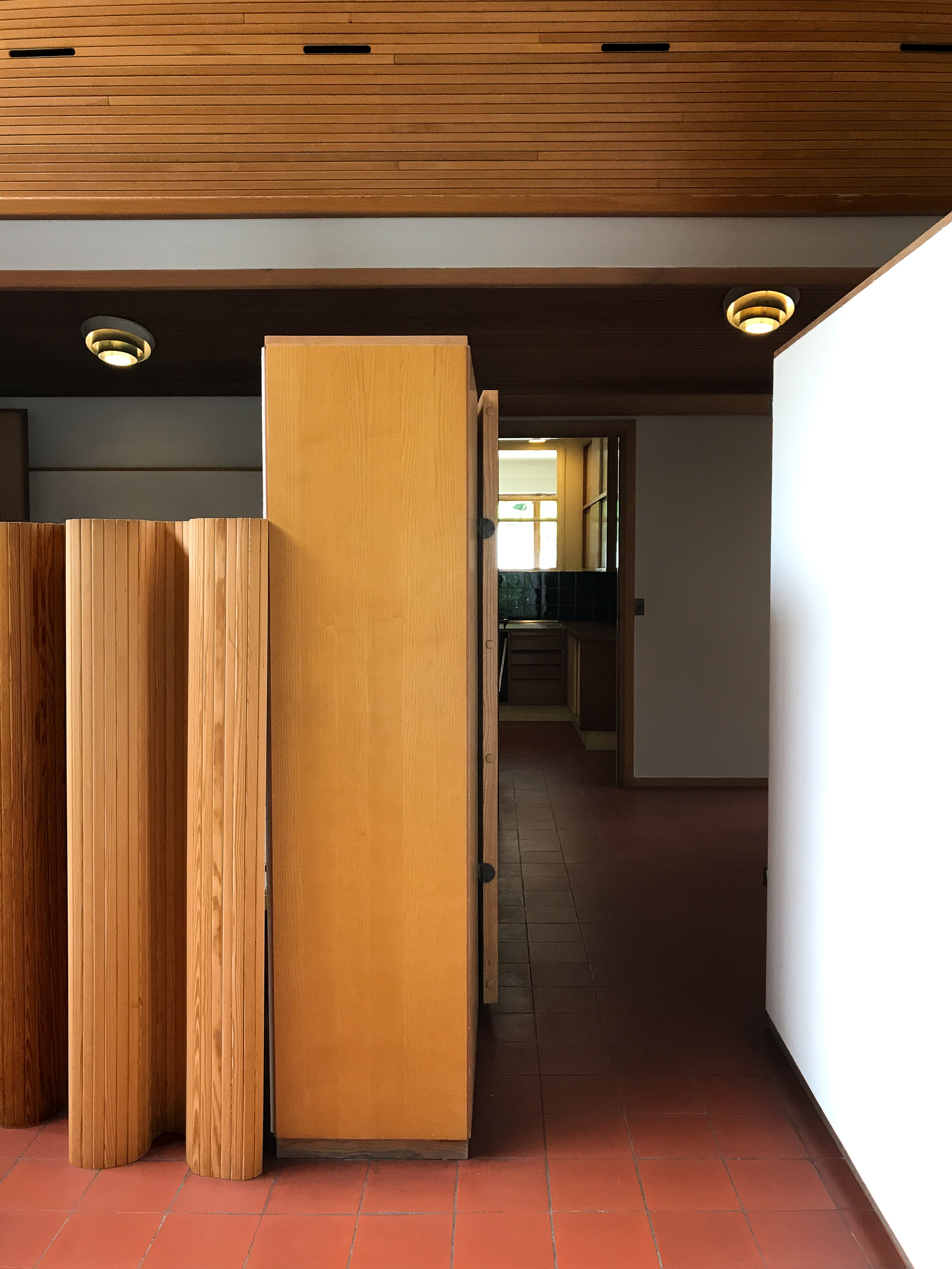 Mixed wood leading to private quarters