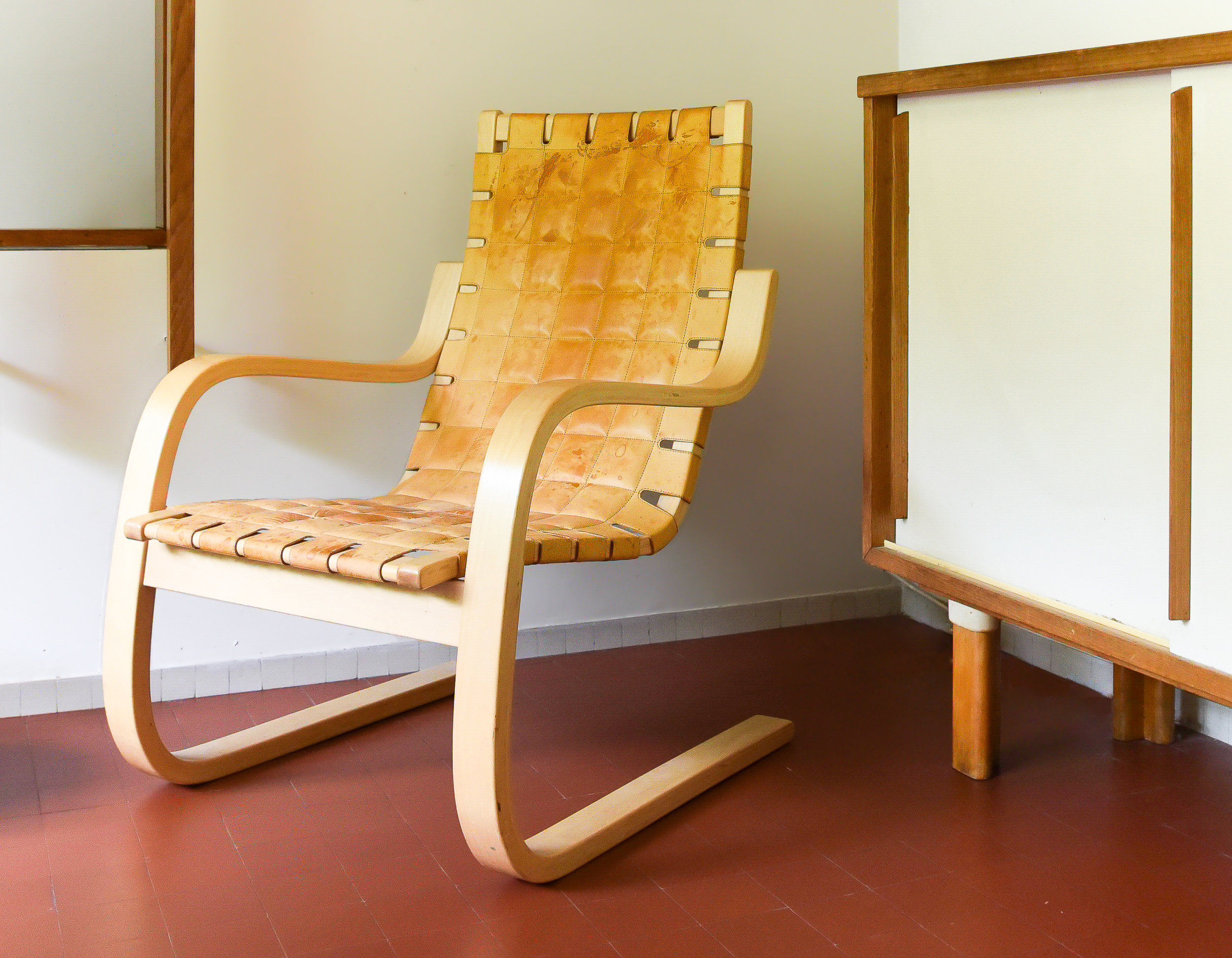 AALTO EARLY CANTILEVER CHAIR,  artek 406 chair.