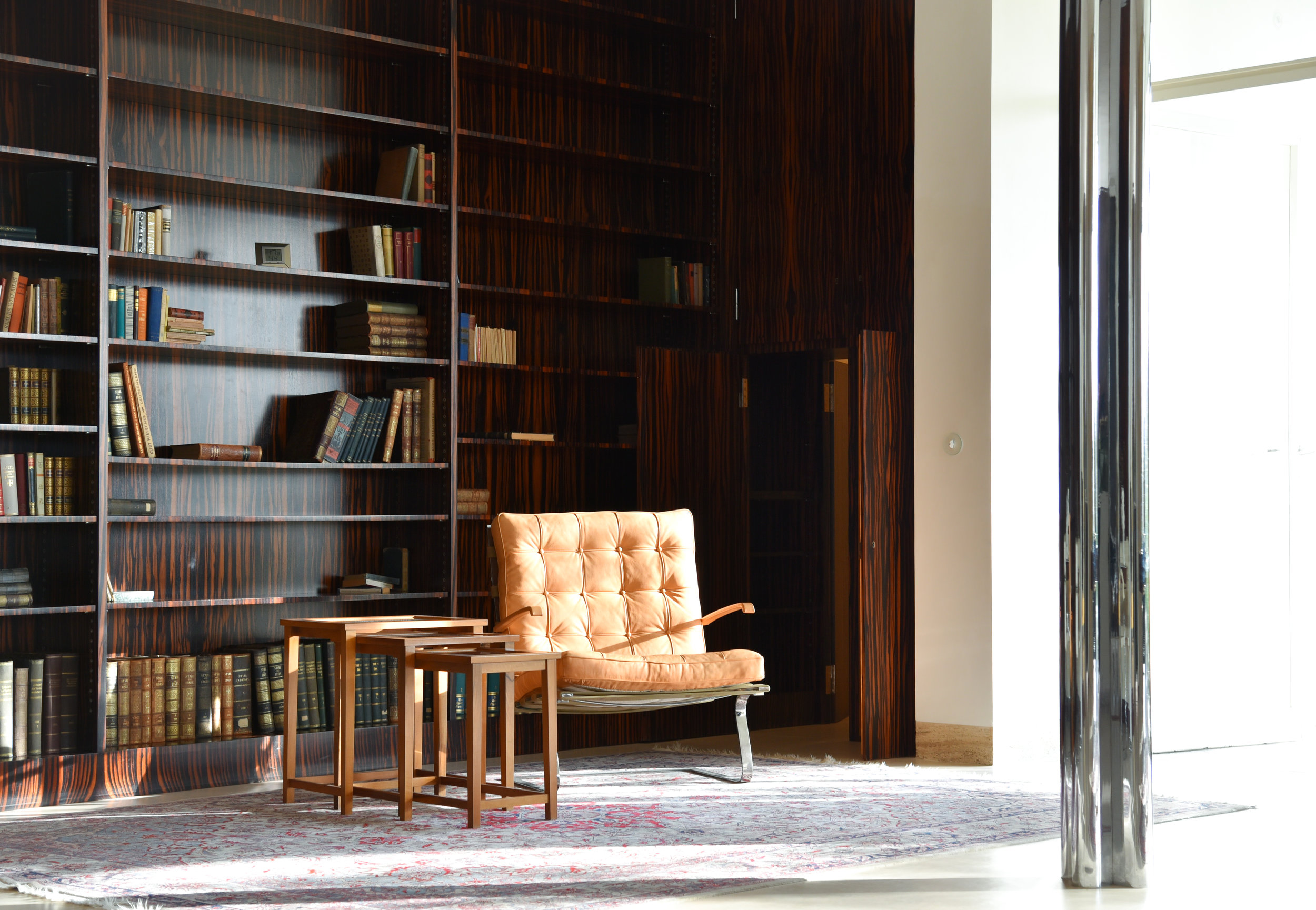 library with special tungendhat chair