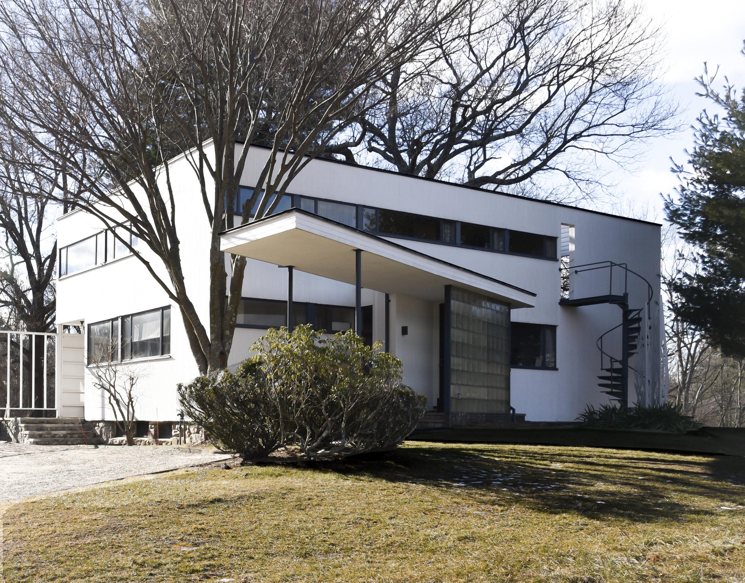 Gropius house entrance