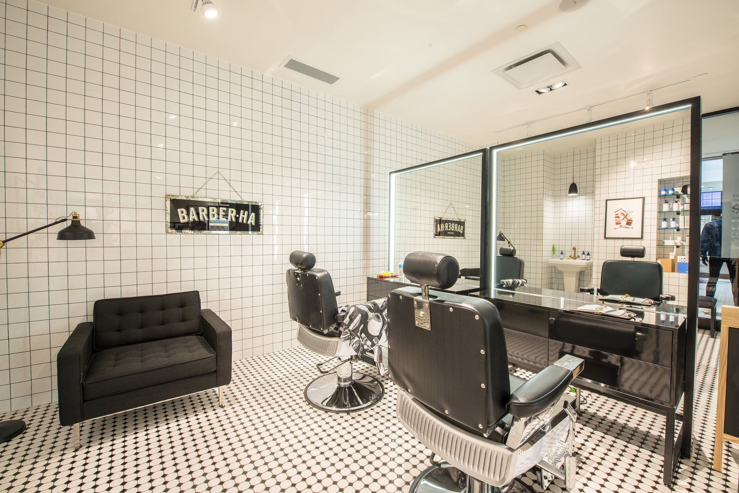 Frank + Oak Barbershop