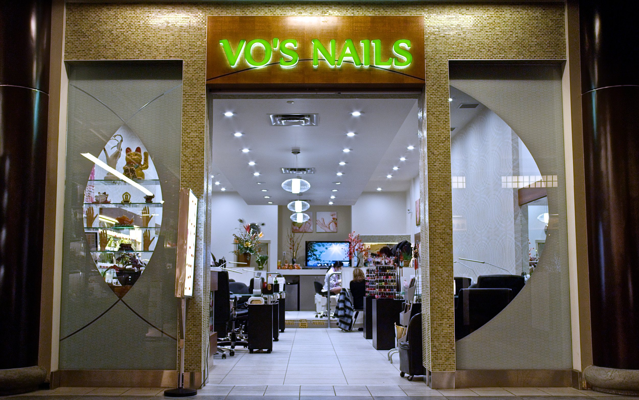 Vos Nails - 1.jpg