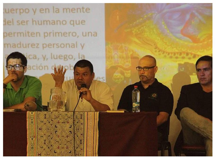 VISIÓN - SaviaTerra busca ser un proyecto pionero en la promoción, investigación y conservación de las terapias ancestrales-naturales, desarrollando un trabajo terapéutico psicoespiritual centrado en la persona y su funcionamiento como ser diverso y único, integrando visiones ancestrales y modernas.