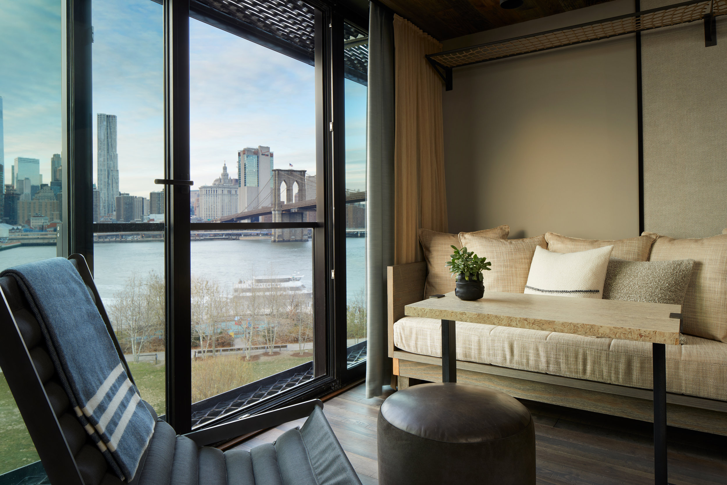 1_Hotel_Brooklyn_Bridge_King_Seating_HI (1).jpg