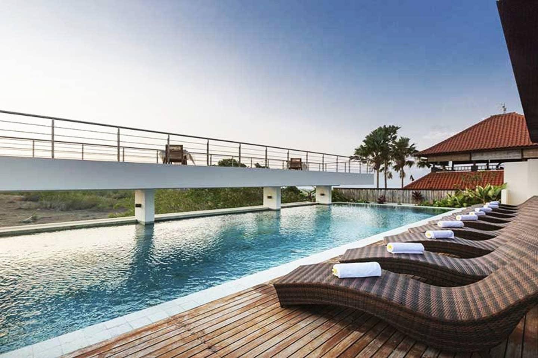 MissionHillYoga-retreat-Augsut2020-Bali-Pool.jpg