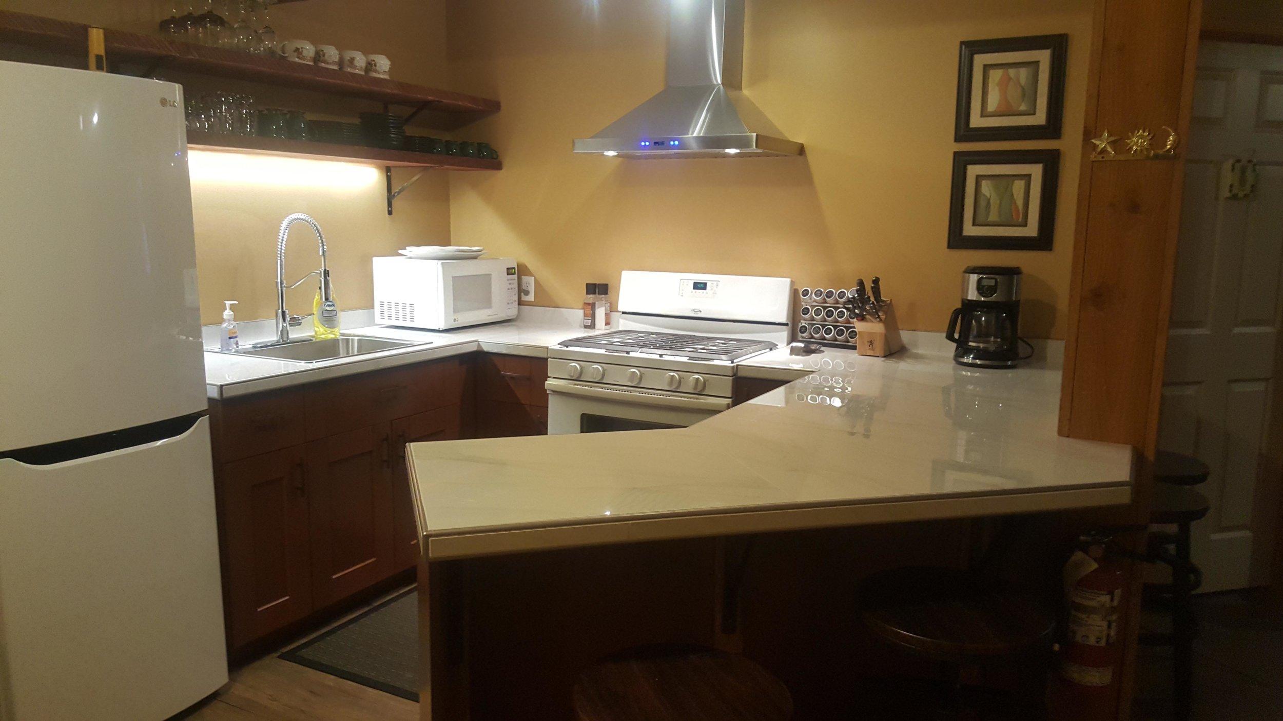 CCL-kitchen (4).jpg