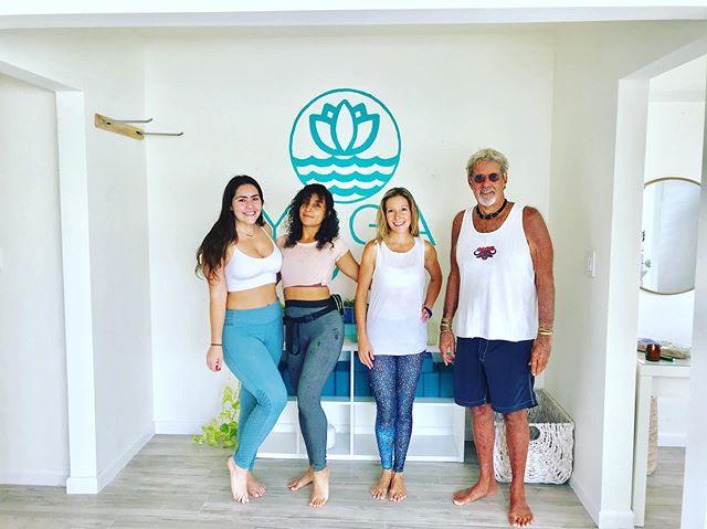 NEW BEACHSIDE STUDIO! All-Levels Vinyasa ✨ @yogaonbreakers SATURDAY 10am 🧘♀️ SUNDAY 10am 🧘♂️ ✨ Sign-up online to reserve your spot with promo!✨ . . . . . . #fortlauderdalebeach #beach #beachlife #yogi #soflo #sofloyogis #soflolifestyle #soflolife #fortlauderdaleliving #florida #yoga ##studio yogastudio #beachyoga #beach #yogavibes #yogini #yogalife #meditation #yogalove #yogafit #beachside #oceanview #sea #miamiyogis #sofloyoga #studio #weekendvibes #goodvibestribe #spacetobreathe #yogastudio #yogavibes #yogini #sunnystudio #flo #spacetobreathe #meditation