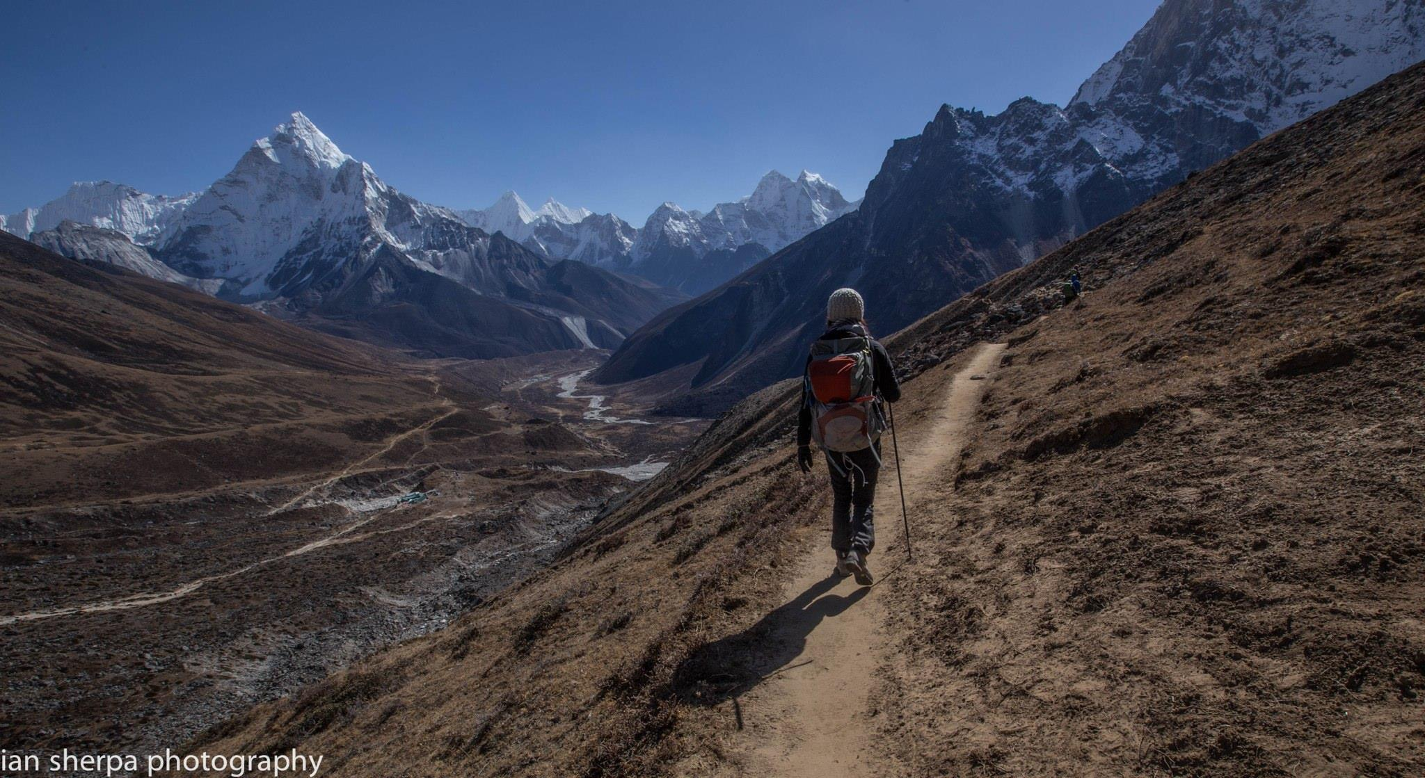 Heading home via Gokyo Valley, photo by Ian Chung