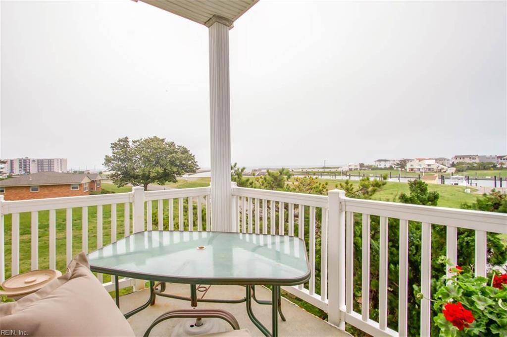 Lighthouse Point Condominiums #residence#home#homebuilder#virginiabeach#architect#architecture#vacation#VirginiaBeach#sanctuary#resorthome#interiordesign#condominium