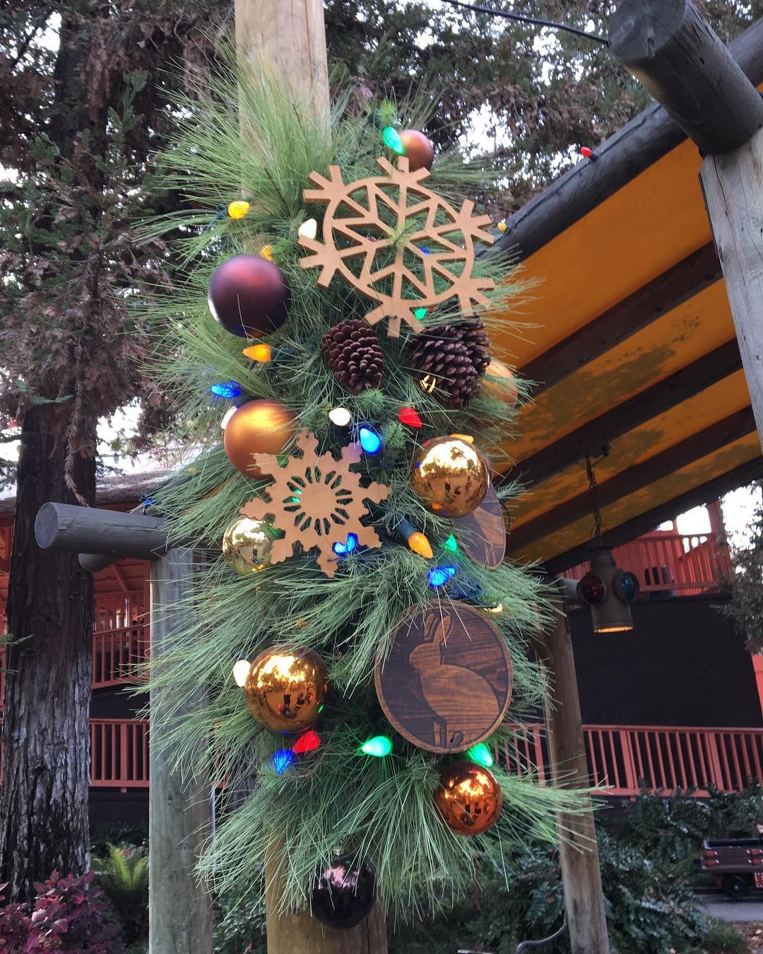 Knott's Merry Farm. #KnottsMerryFarm #KnottsBerryFarm #Knotts #Christmas #OrangeCounty #travel #themepark