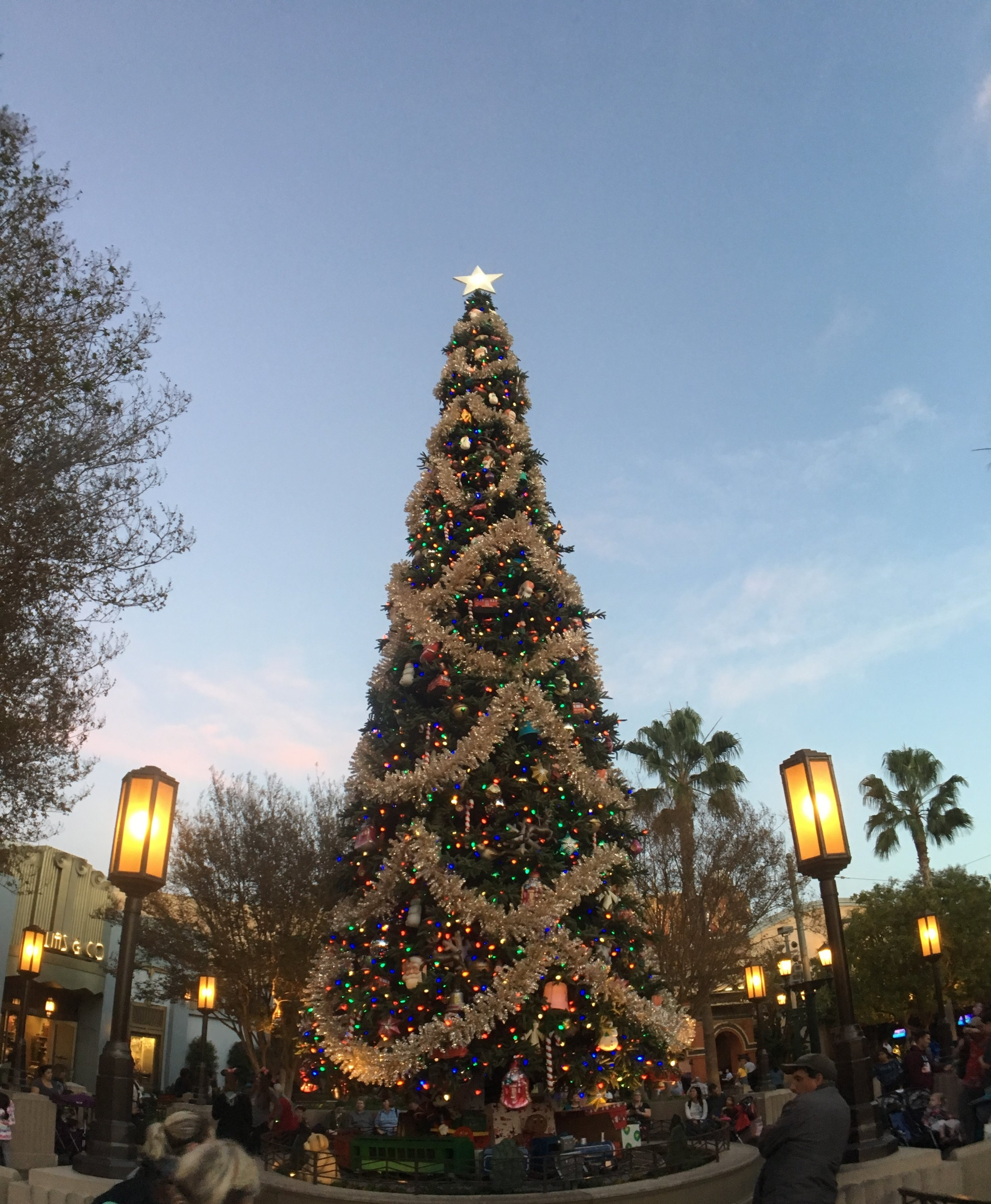 Tips For Dealing With Crowds At Disneyland During Christmas.  What You Need To Know To Avoid Christmas Crowds At Disneyland. #Disneyland #Christmas #DCA #Disney #DisneylandTips