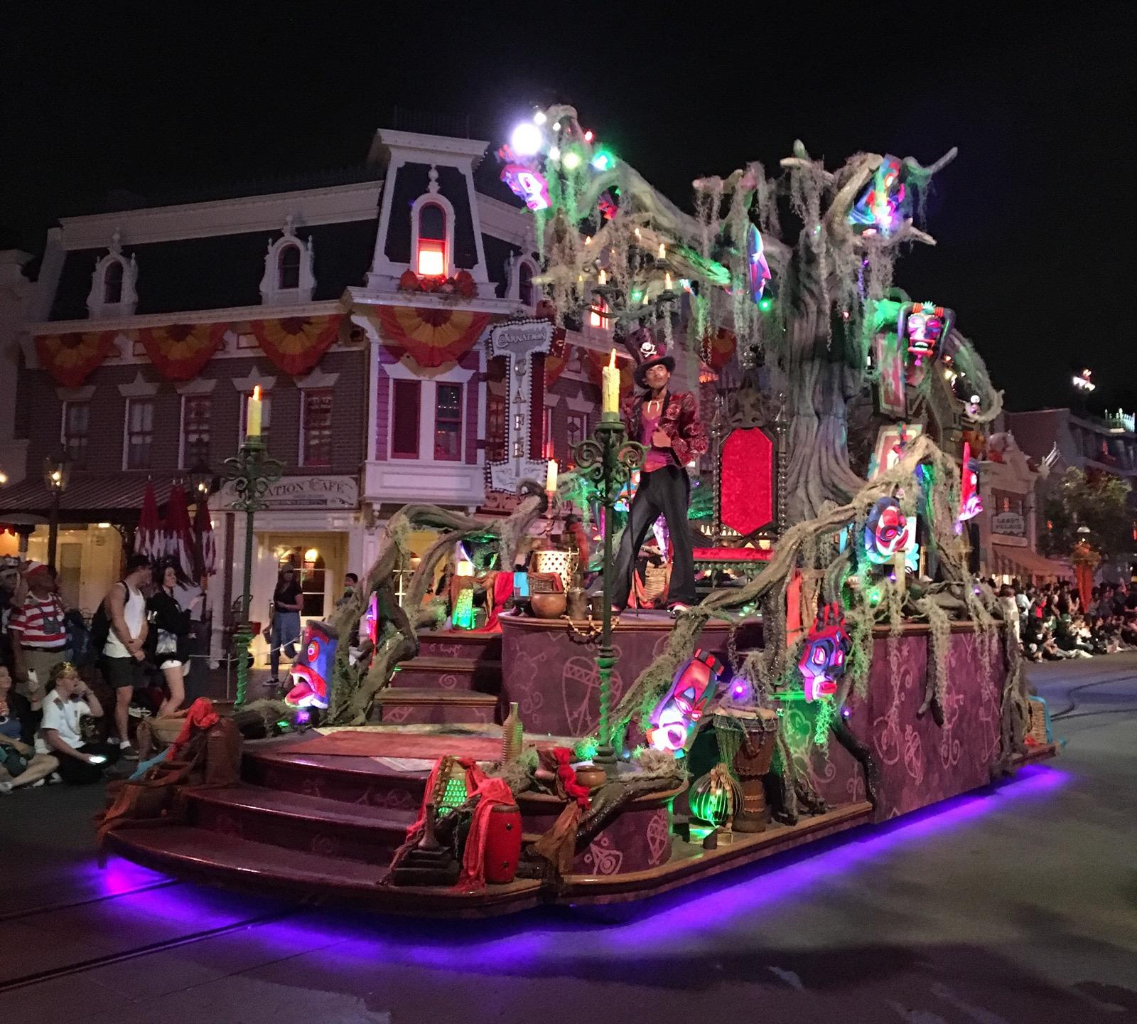 Oogie Boogie Bash 2019 Disney California Adventure. #Disneyland #Mickey'sHalloweenParty #MickeysHalloweenParty2019 #OogieBoogieBash #OogieBoogieBashDisneyland #Disneyland #DisneyCaliforniaAdventure #DCA #DisneylandHalloween